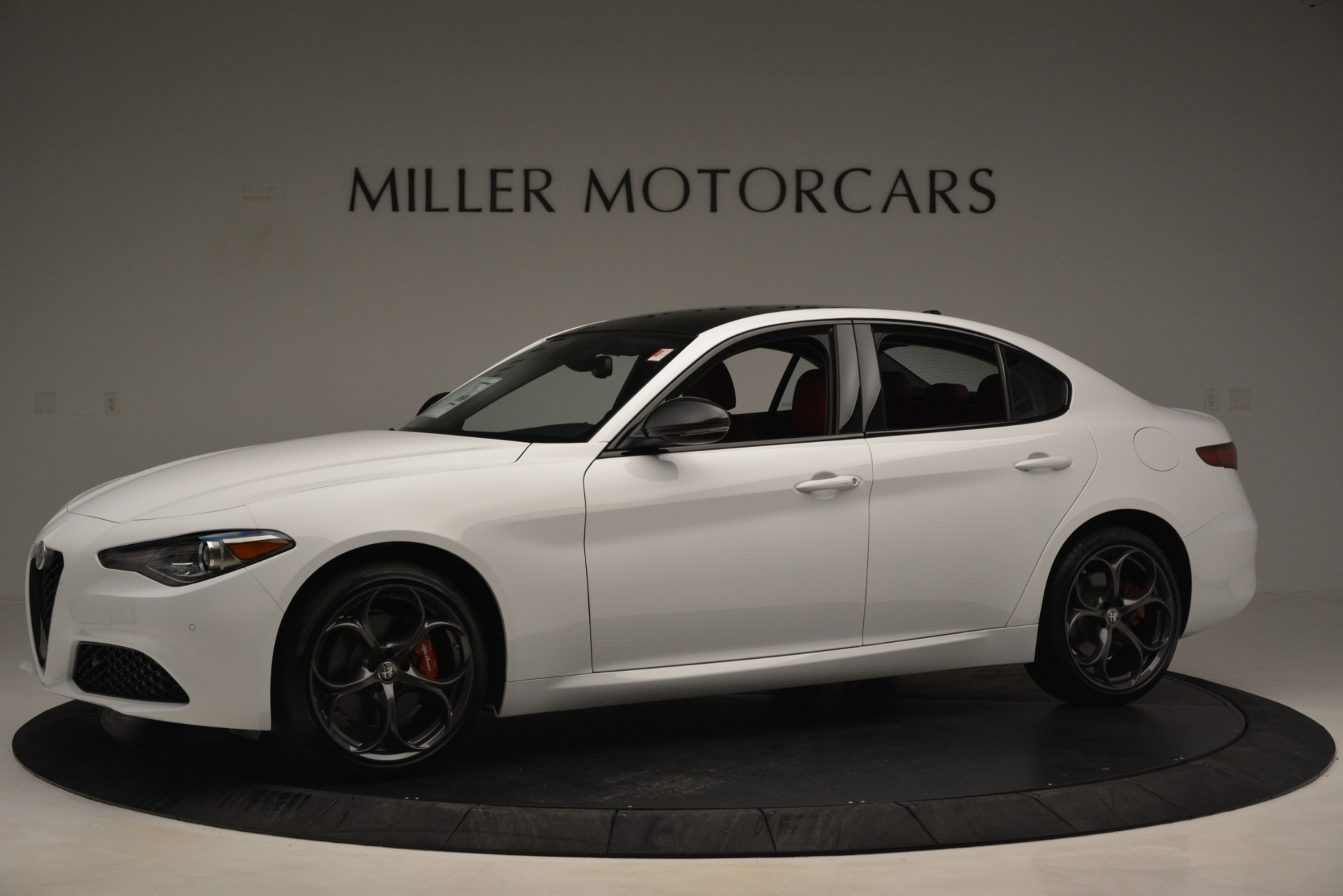 New 2019 Alfa Romeo Giulia Q4 For Sale In Greenwich, CT 3279_p2