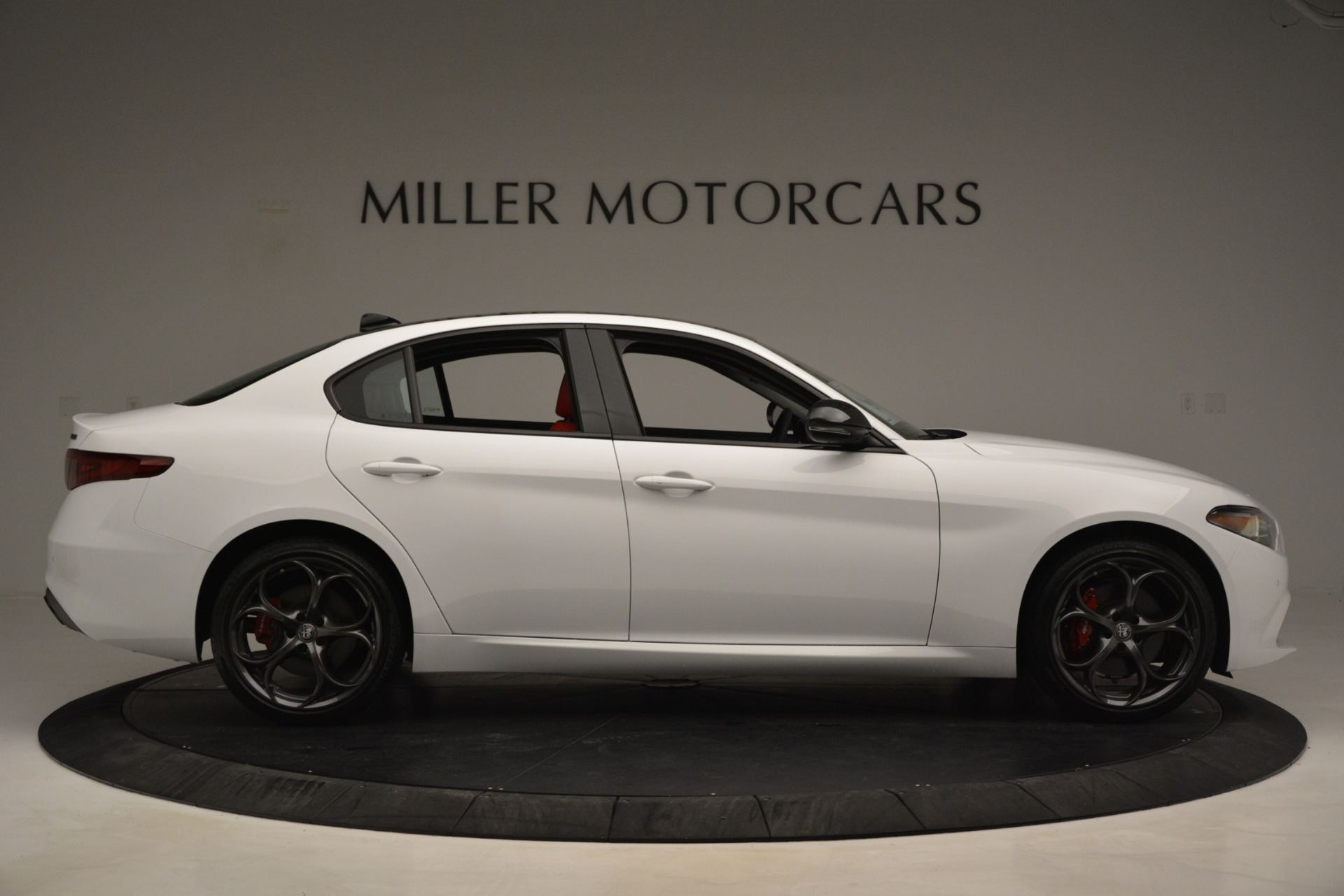 New 2019 Alfa Romeo Giulia Q4 For Sale In Greenwich, CT 3279_p9