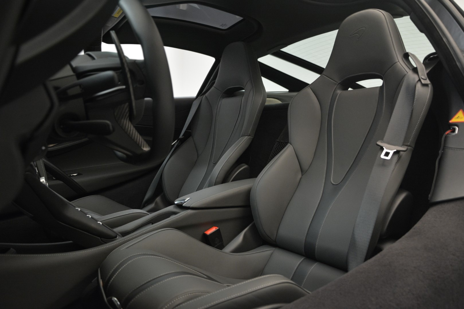 Used 2018 McLaren 720S Coupe For Sale In Greenwich, CT 3287_p16