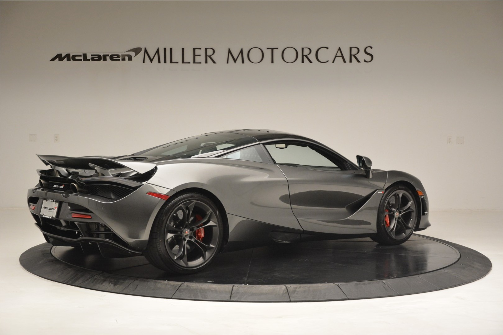 Used 2018 McLaren 720S Coupe For Sale In Greenwich, CT 3287_p7