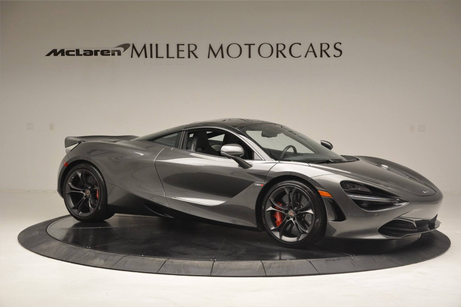 Used 2018 McLaren 720S Coupe For Sale In Greenwich, CT 3287_p9