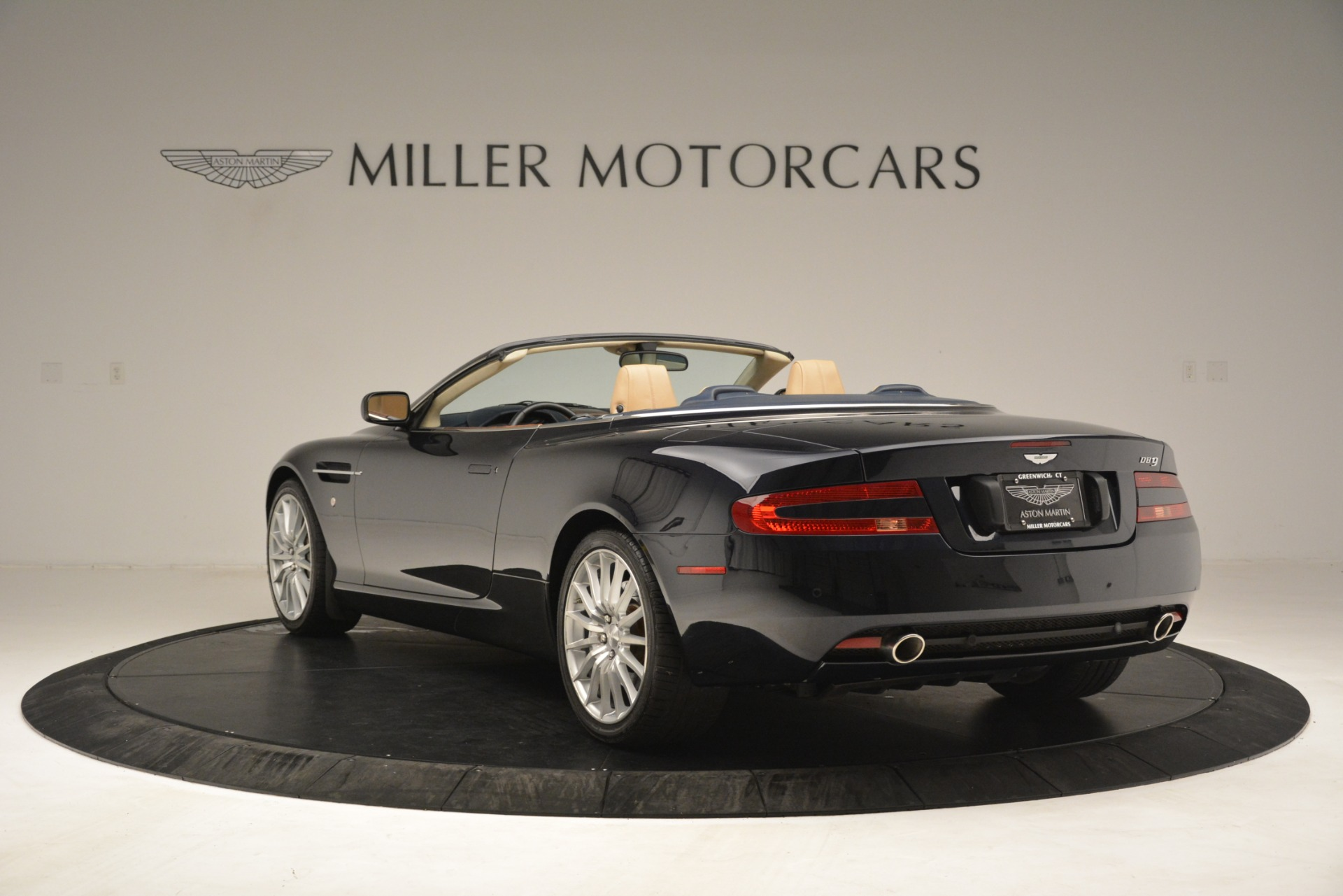 Used 2007 Aston Martin DB9 Convertible For Sale In Greenwich, CT 3291_p5