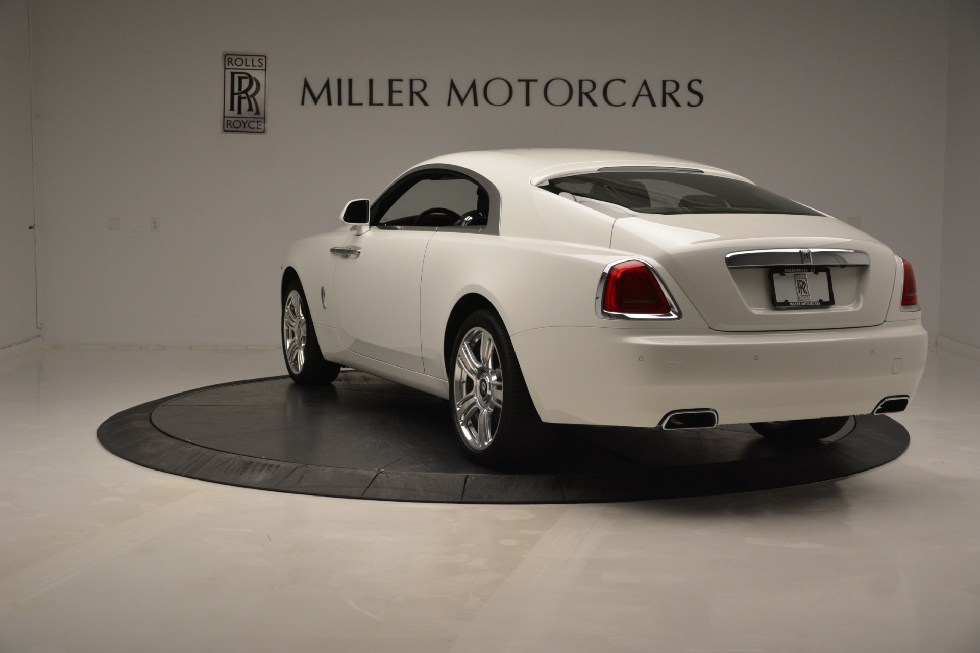 Used 2016 Rolls-Royce Wraith  For Sale In Greenwich, CT 3294_p5