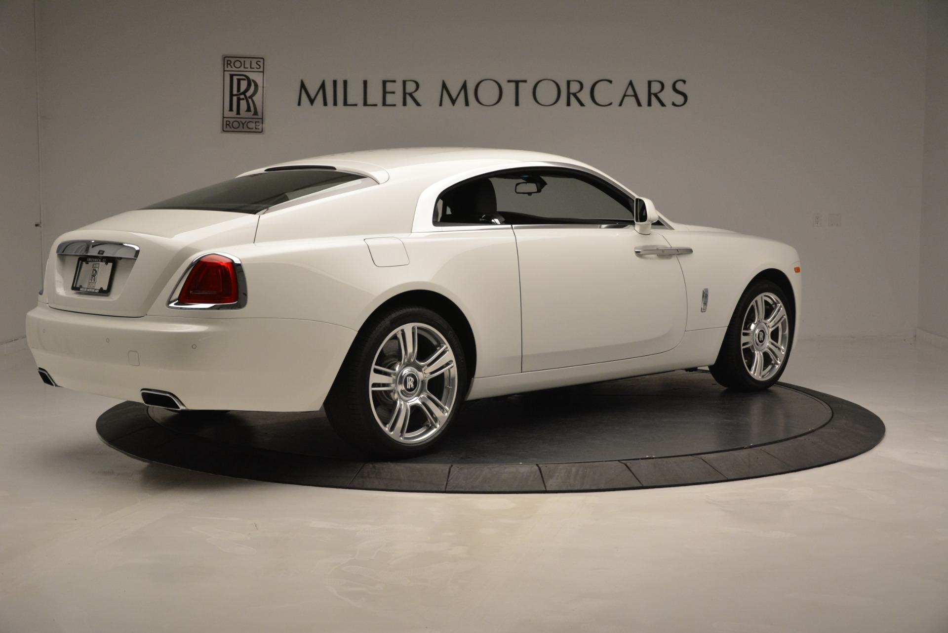 Used 2016 Rolls-Royce Wraith  For Sale In Greenwich, CT 3294_p9