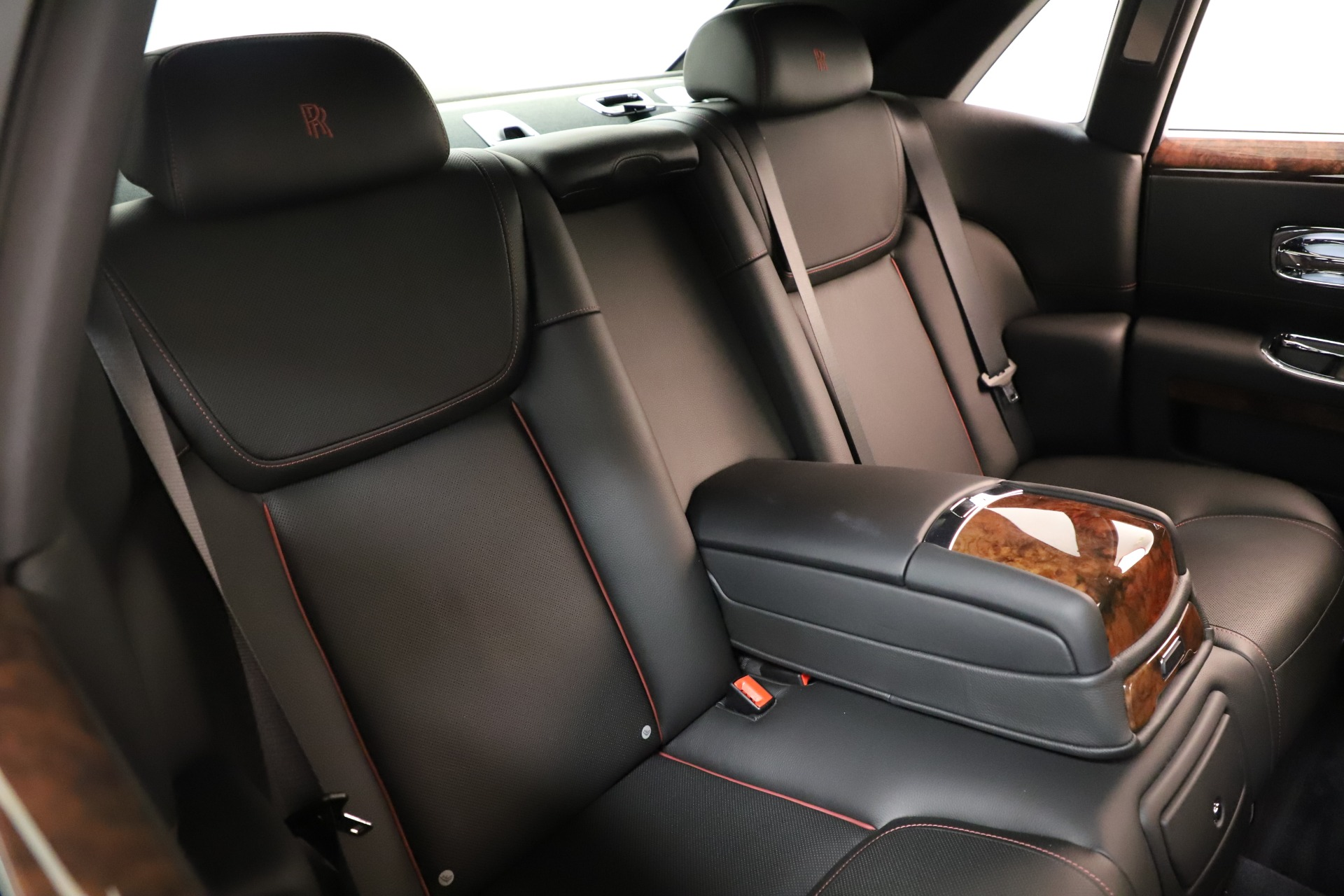 Used 2016 Rolls-Royce Ghost  For Sale In Greenwich, CT 3298_p20