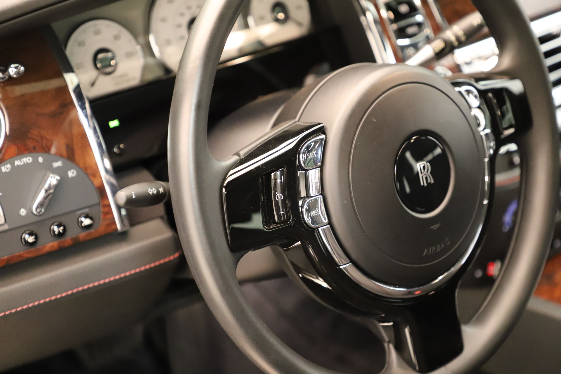 Used 2016 Rolls-Royce Ghost  For Sale In Greenwich, CT 3298_p25