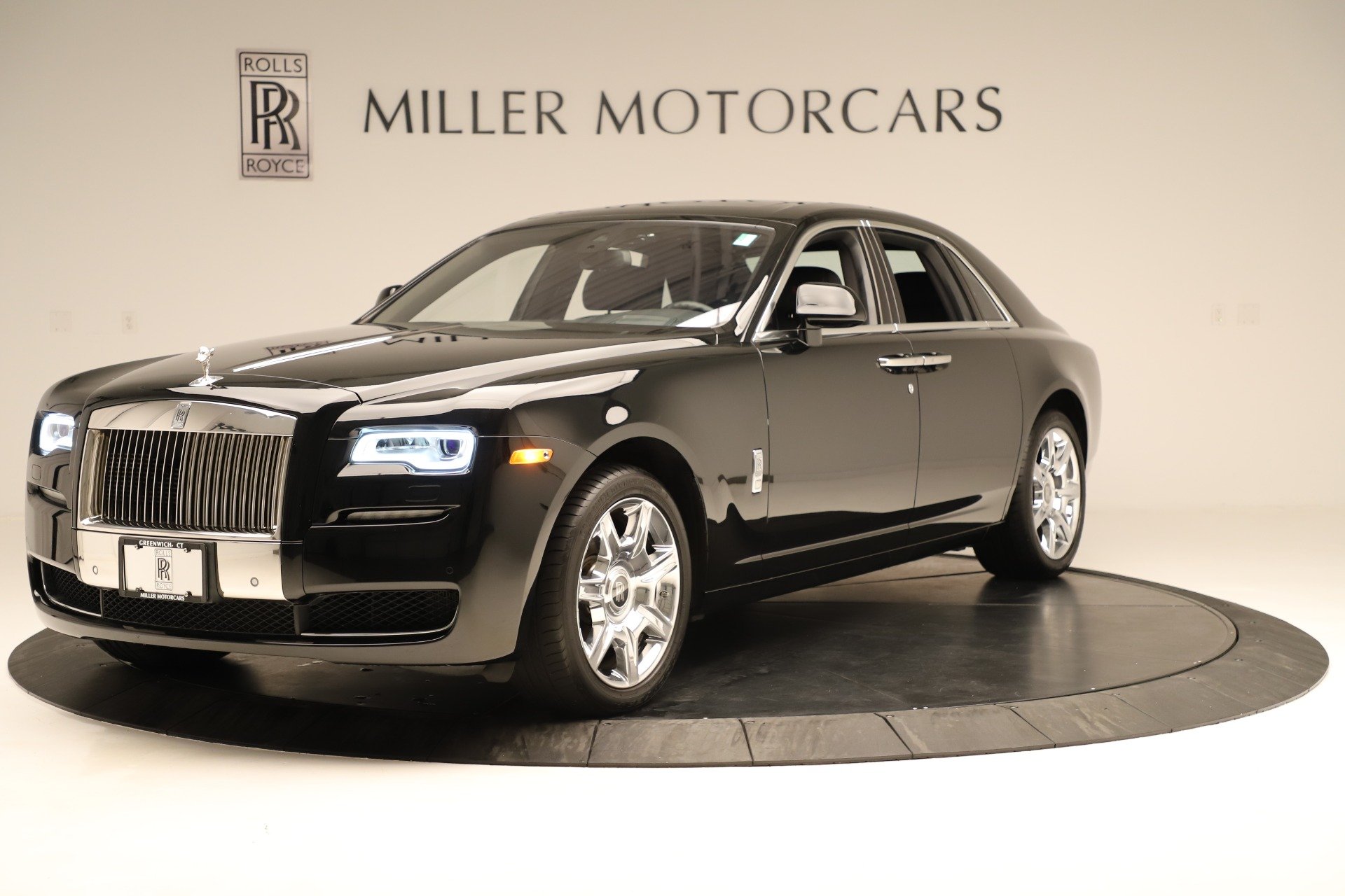 Used 2016 Rolls-Royce Ghost  For Sale In Greenwich, CT 3298_p2