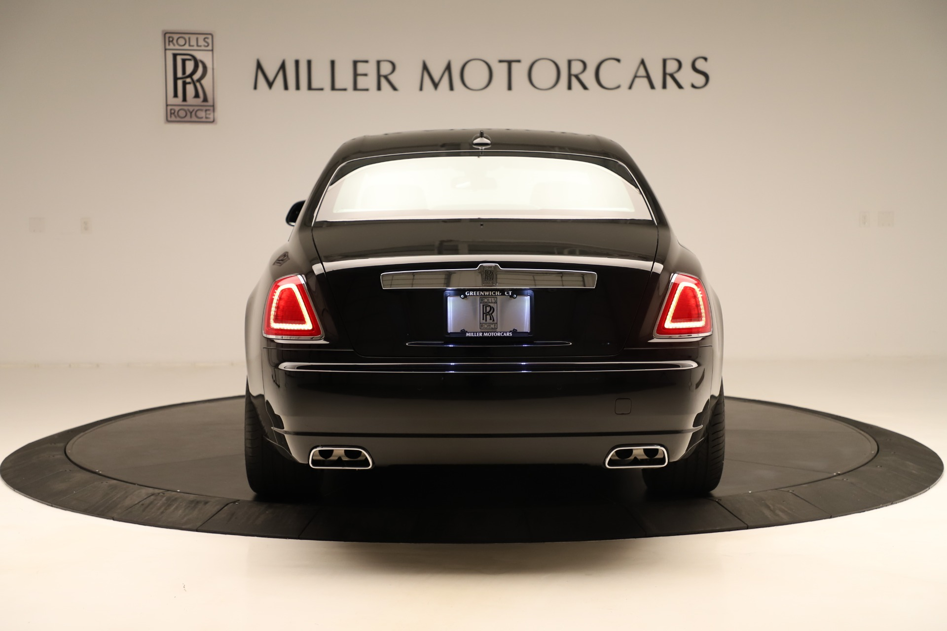 Used 2016 Rolls-Royce Ghost  For Sale In Greenwich, CT 3298_p6