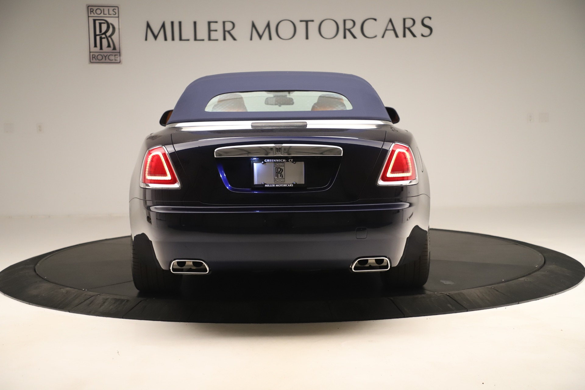 Used 2016 Rolls-Royce Dawn  For Sale In Greenwich, CT 3299_p12