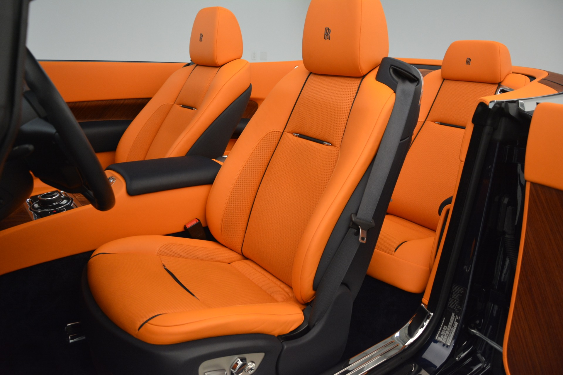 Used 2016 Rolls-Royce Dawn  For Sale In Greenwich, CT 3299_p17