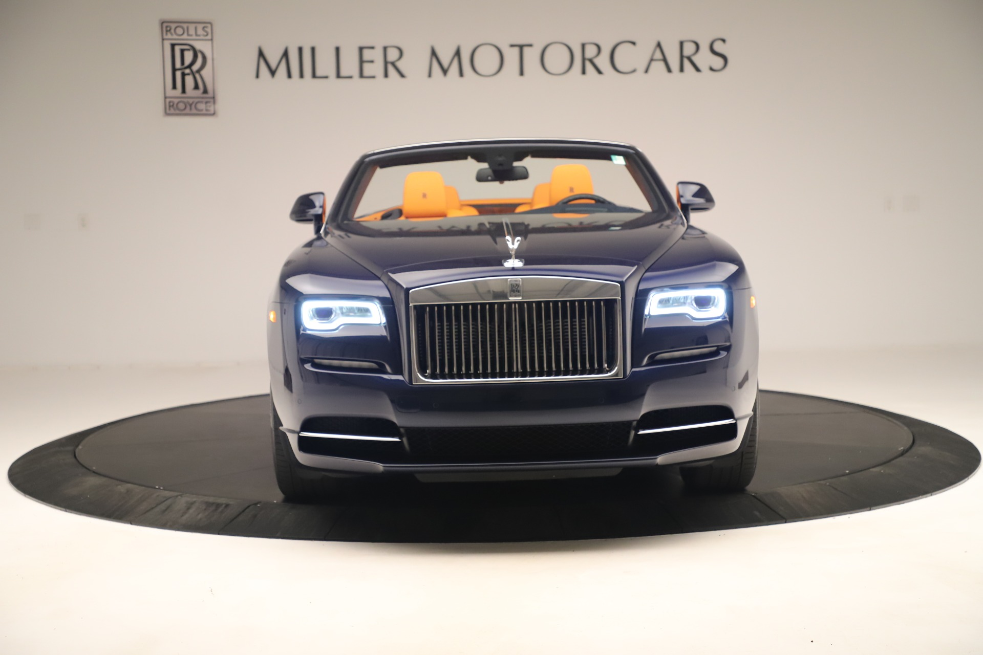 Used 2016 Rolls-Royce Dawn  For Sale In Greenwich, CT 3299_p2