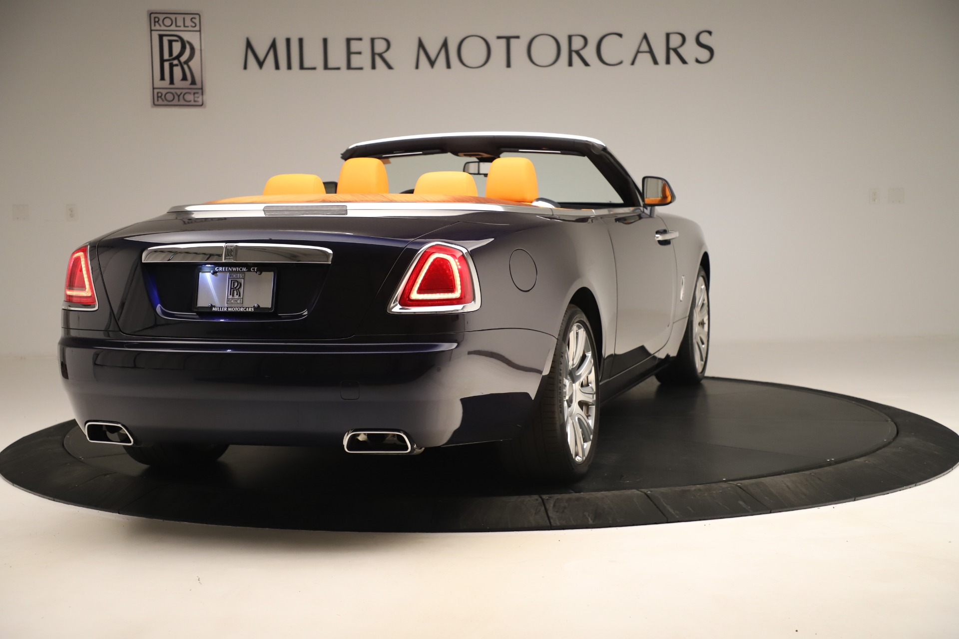 Used 2016 Rolls-Royce Dawn  For Sale In Greenwich, CT 3299_p6