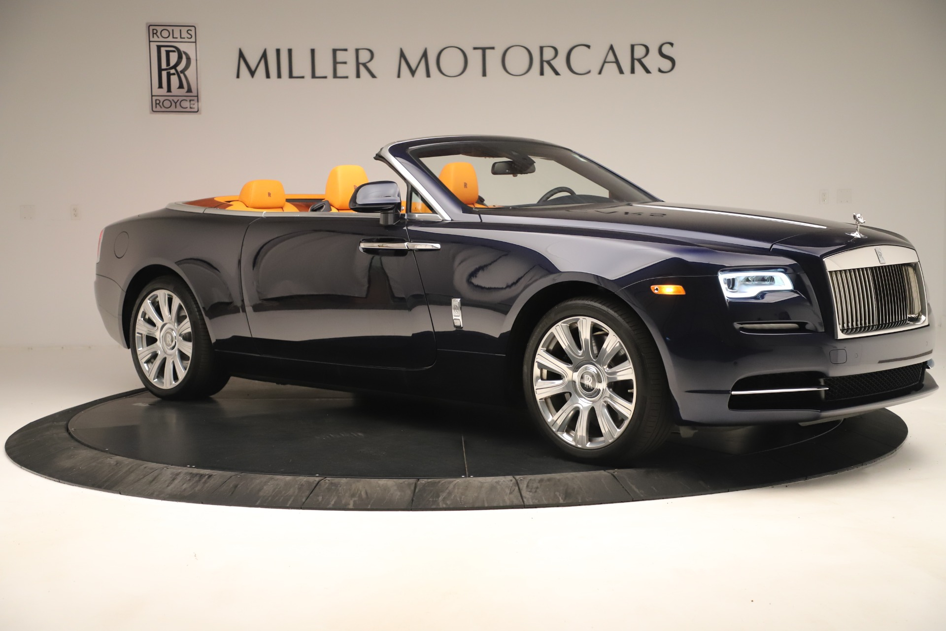 Used 2016 Rolls-Royce Dawn  For Sale In Greenwich, CT 3299_p8