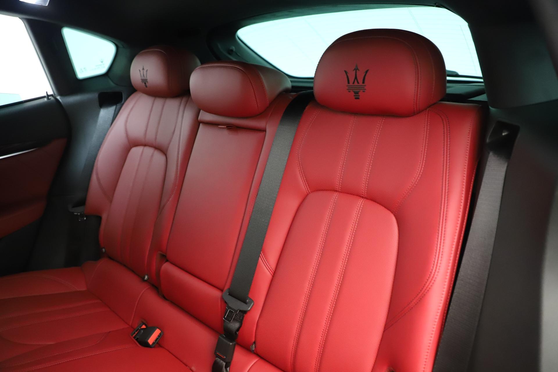 New 2019 Maserati Levante Q4 GranSport Nerissimo For Sale In Greenwich, CT 3300_p18