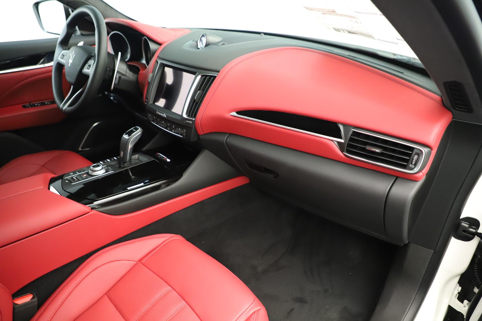 New 2019 Maserati Levante Q4 GranSport Nerissimo For Sale In Greenwich, CT 3300_p22