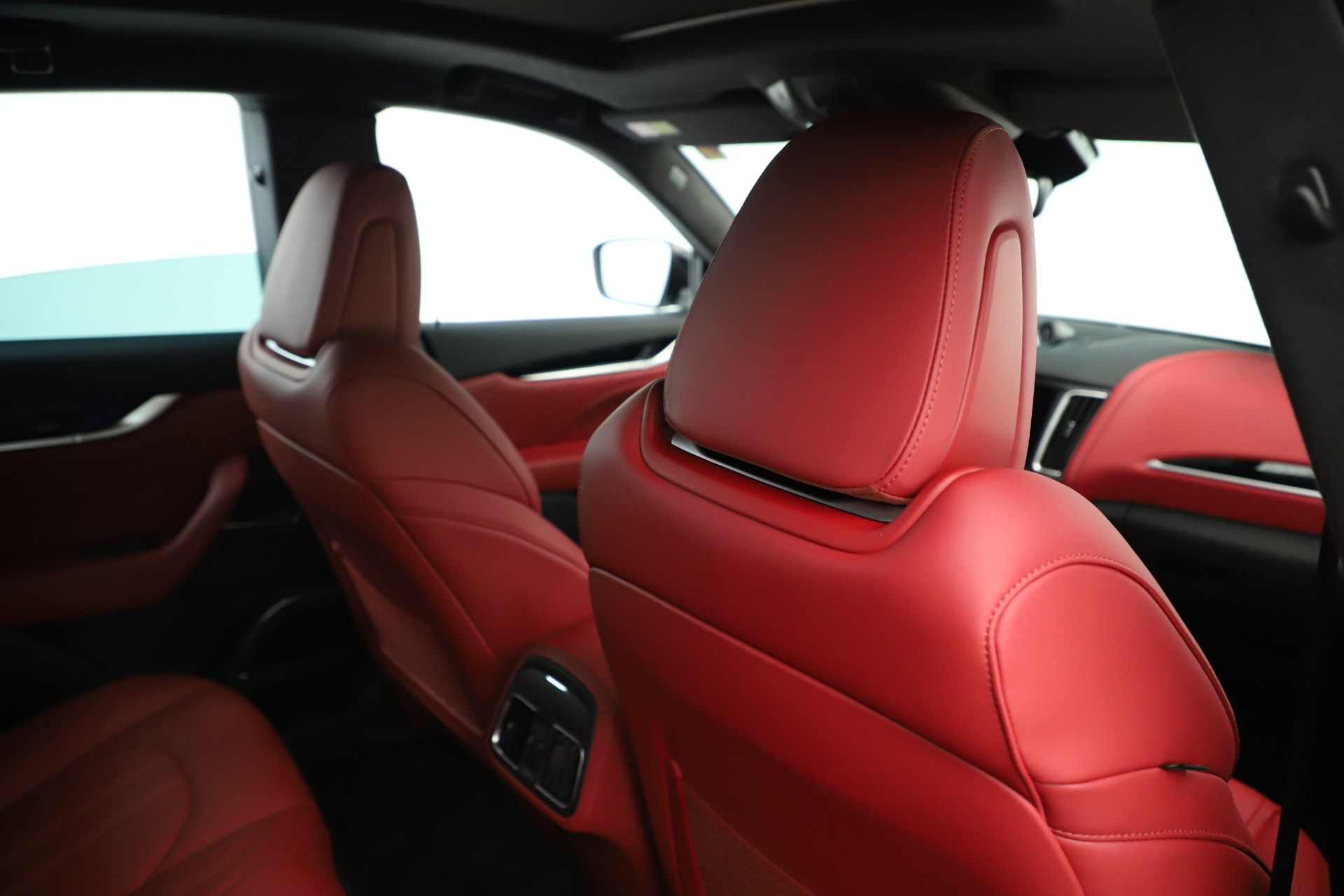 New 2019 Maserati Levante Q4 GranSport Nerissimo For Sale In Greenwich, CT 3300_p28