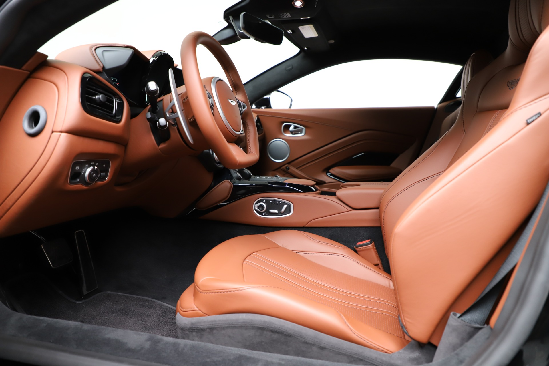 New 2020 Aston Martin Vantage Coupe For Sale In Greenwich, CT 3317_p15