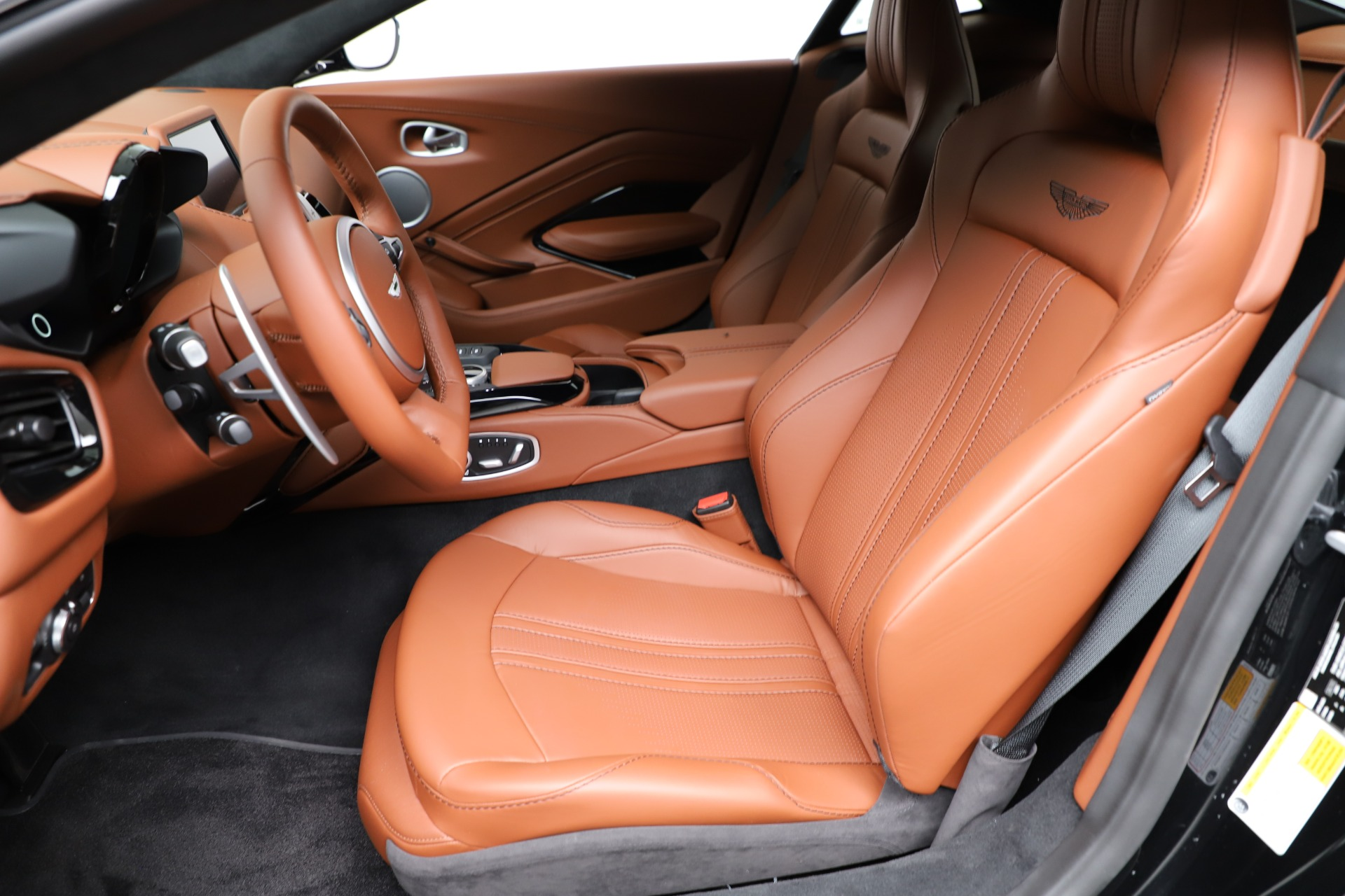 New 2020 Aston Martin Vantage Coupe For Sale In Greenwich, CT 3317_p16