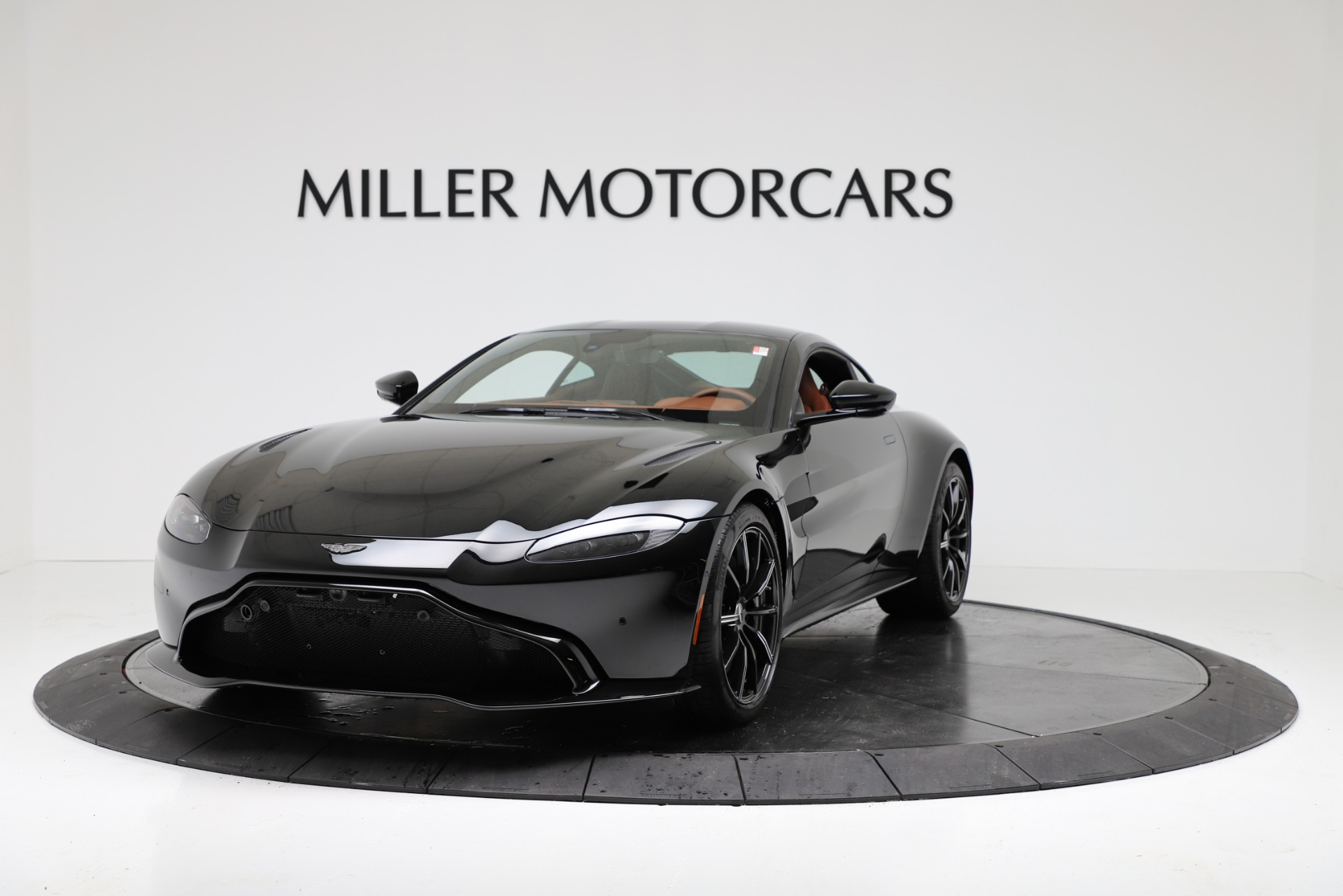 New 2020 Aston Martin Vantage Coupe For Sale In Greenwich, CT 3317_p2