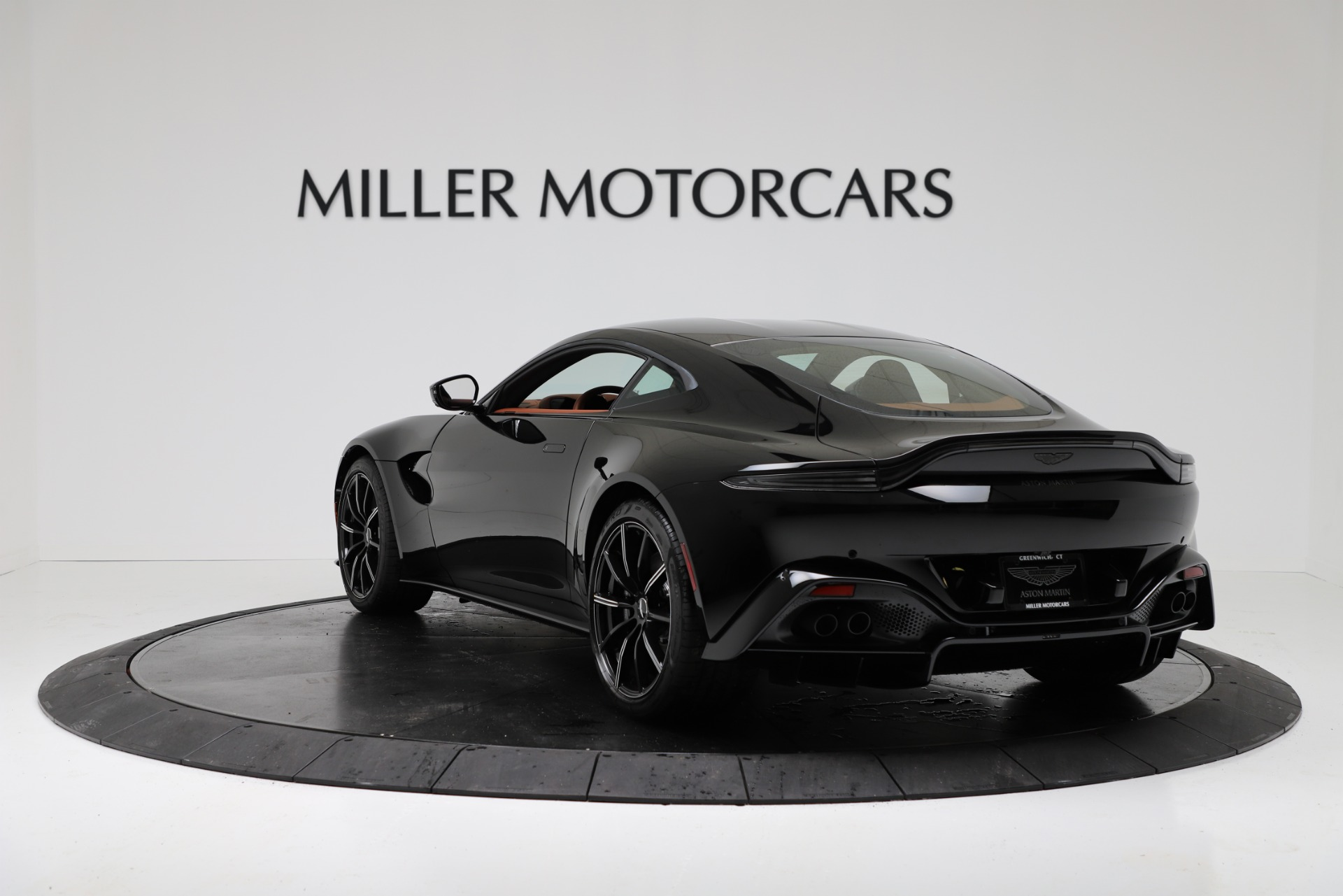 New 2020 Aston Martin Vantage Coupe For Sale In Greenwich, CT 3317_p5