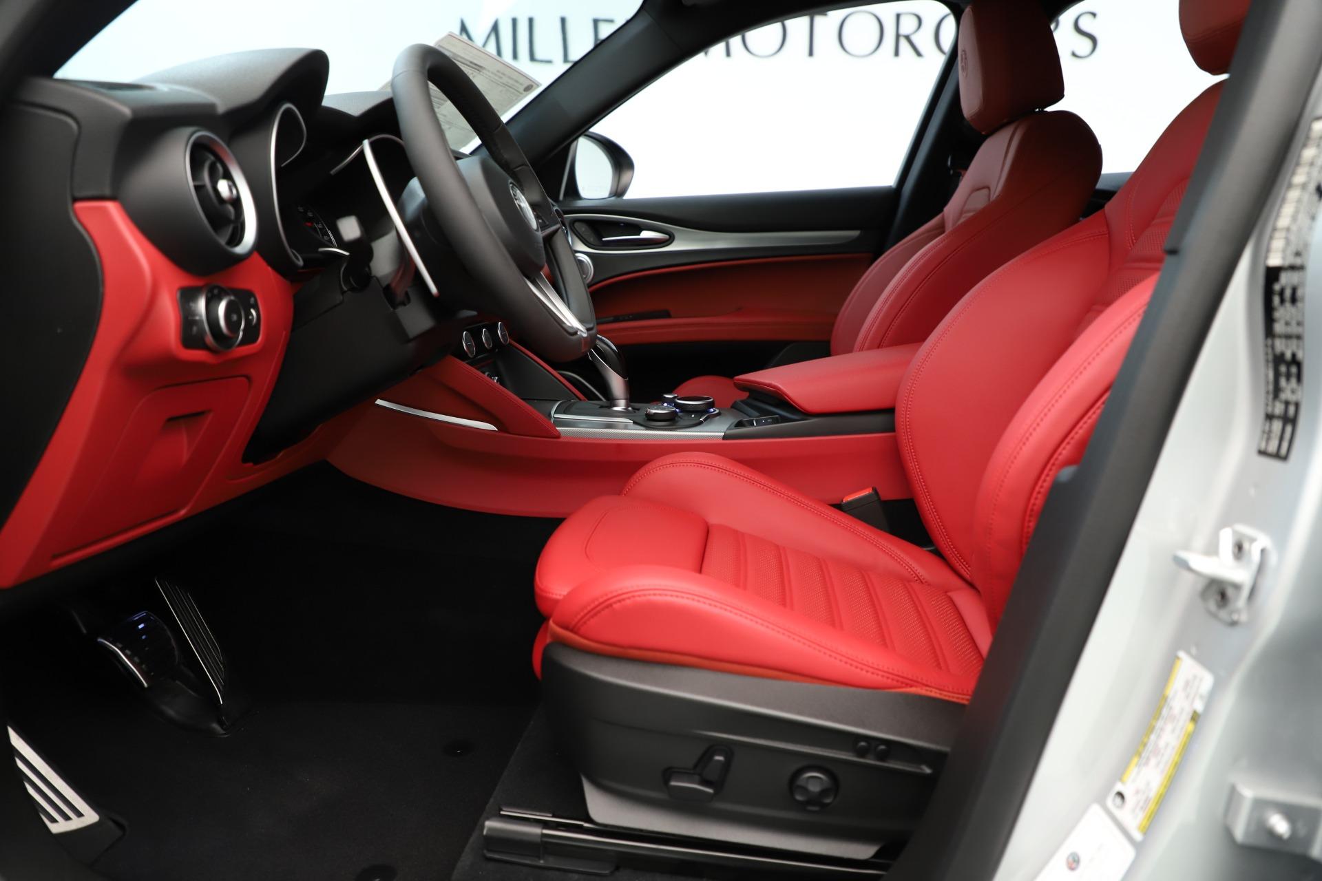 New 2019 Alfa Romeo Stelvio Ti Sport Q4 For Sale In Greenwich, CT 3323_p14