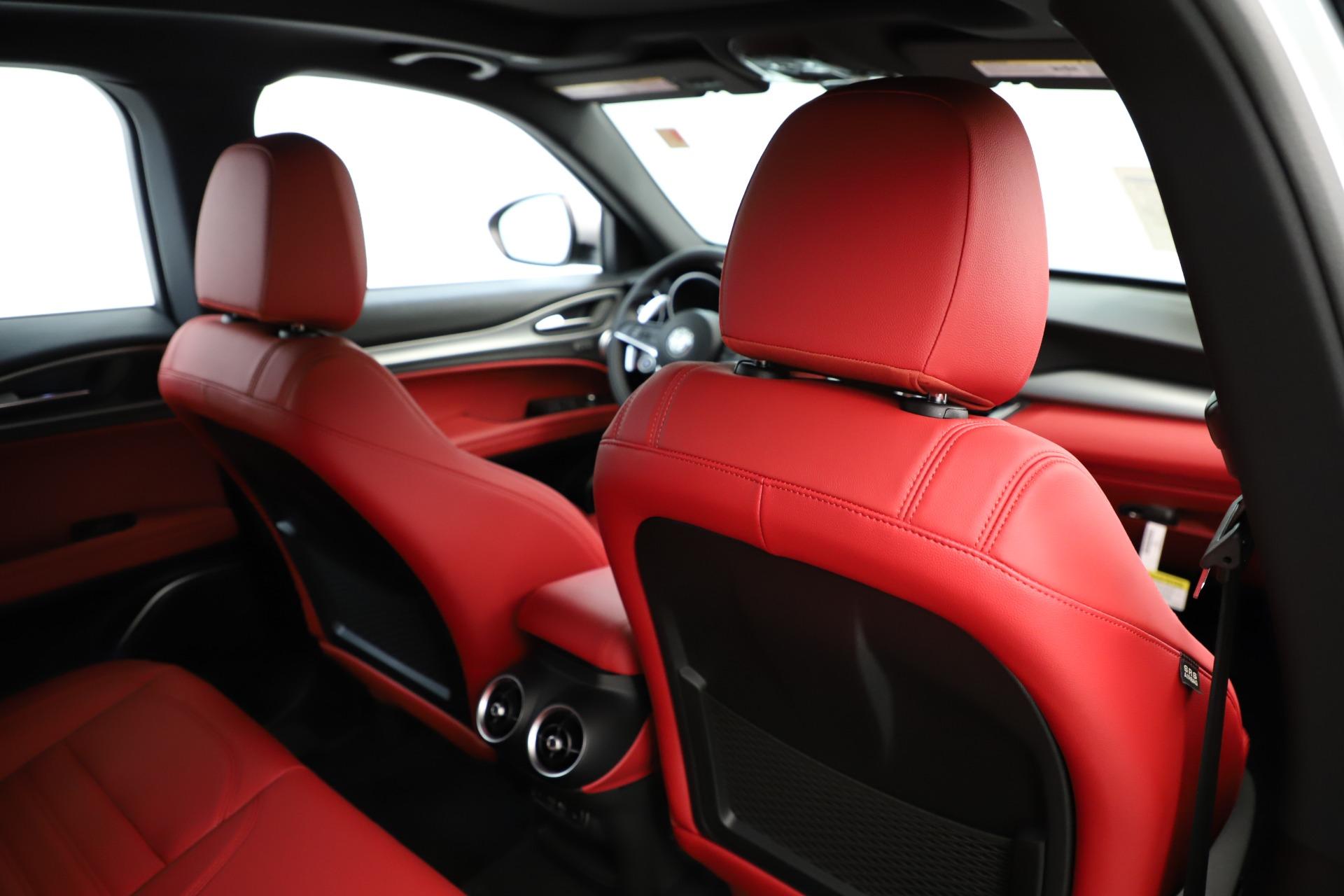 New 2019 Alfa Romeo Stelvio Ti Sport Q4 For Sale In Greenwich, CT 3323_p28