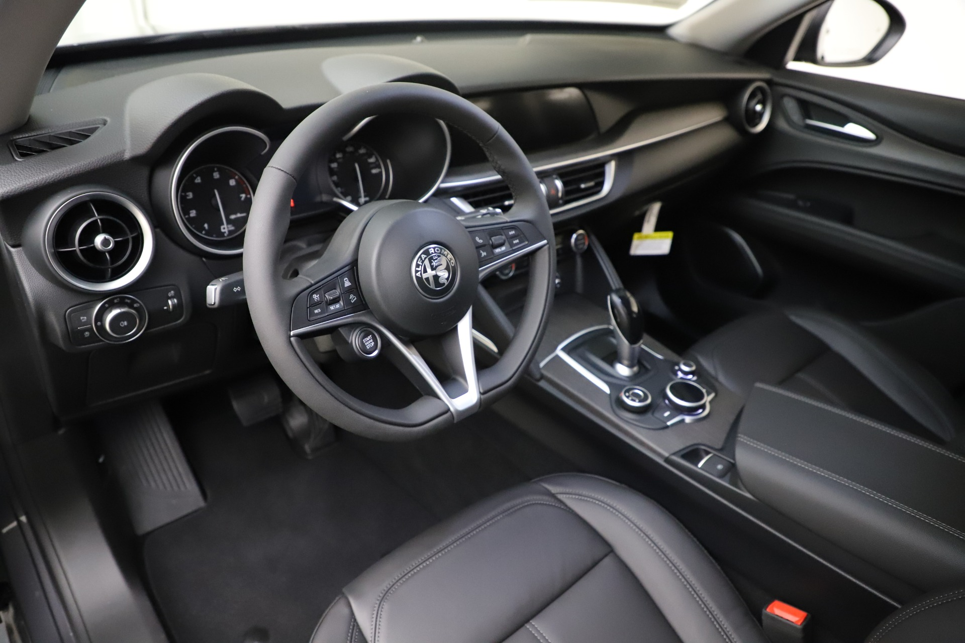 New 2019 Alfa Romeo Stelvio Ti Q4 For Sale In Greenwich, CT 3326_p13