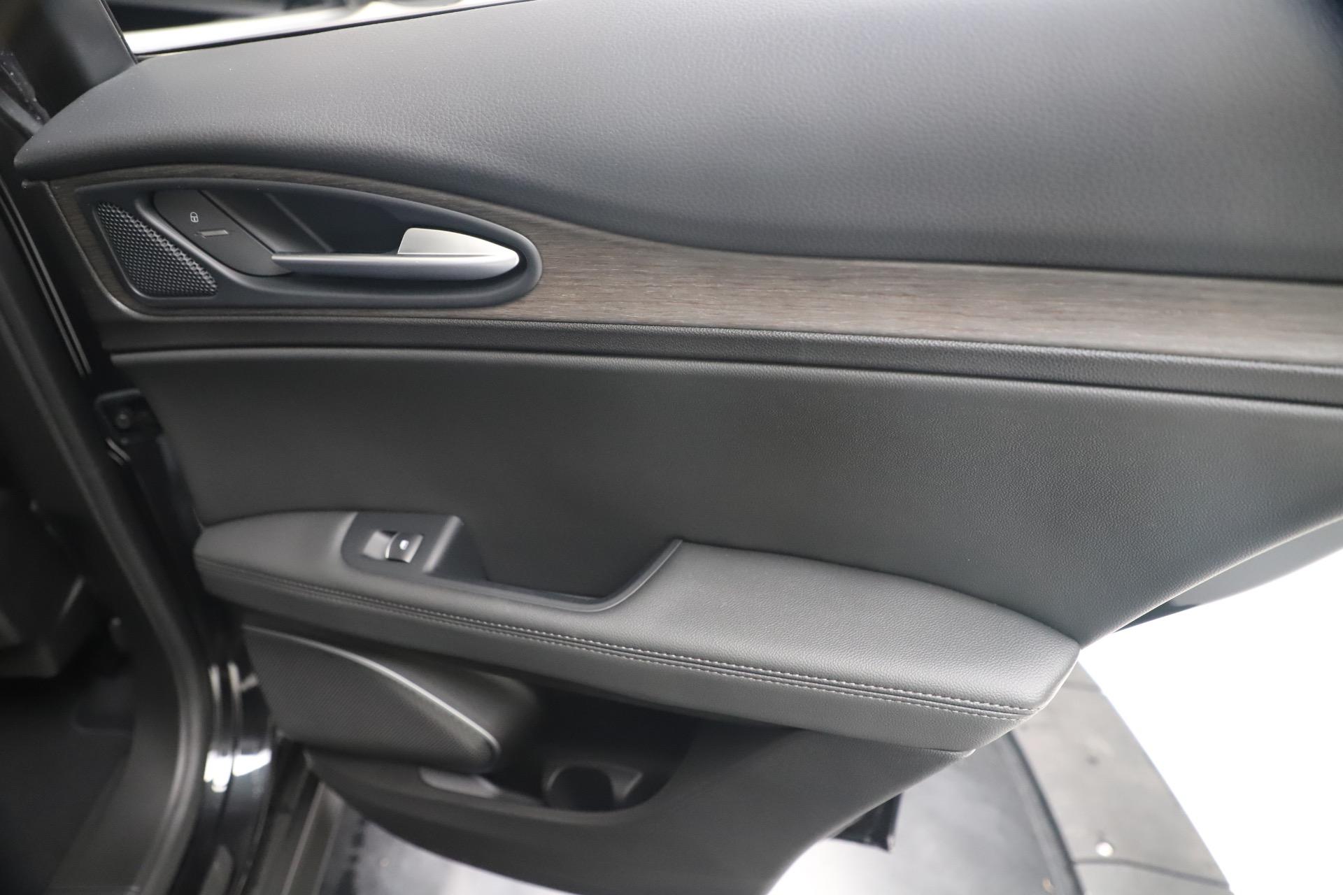 New 2019 Alfa Romeo Stelvio Ti Q4 For Sale In Greenwich, CT 3330_p29