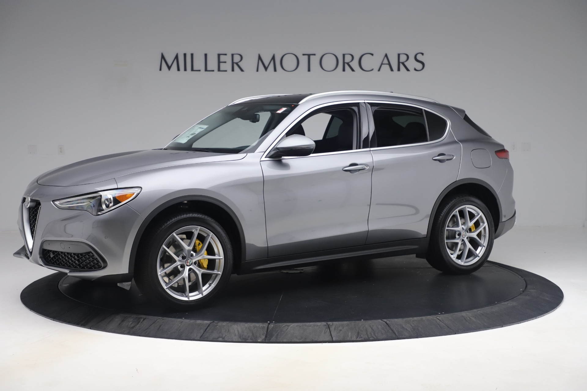 New 2019 Alfa Romeo Stelvio Ti Lusso Q4 For Sale In Greenwich, CT 3333_p2