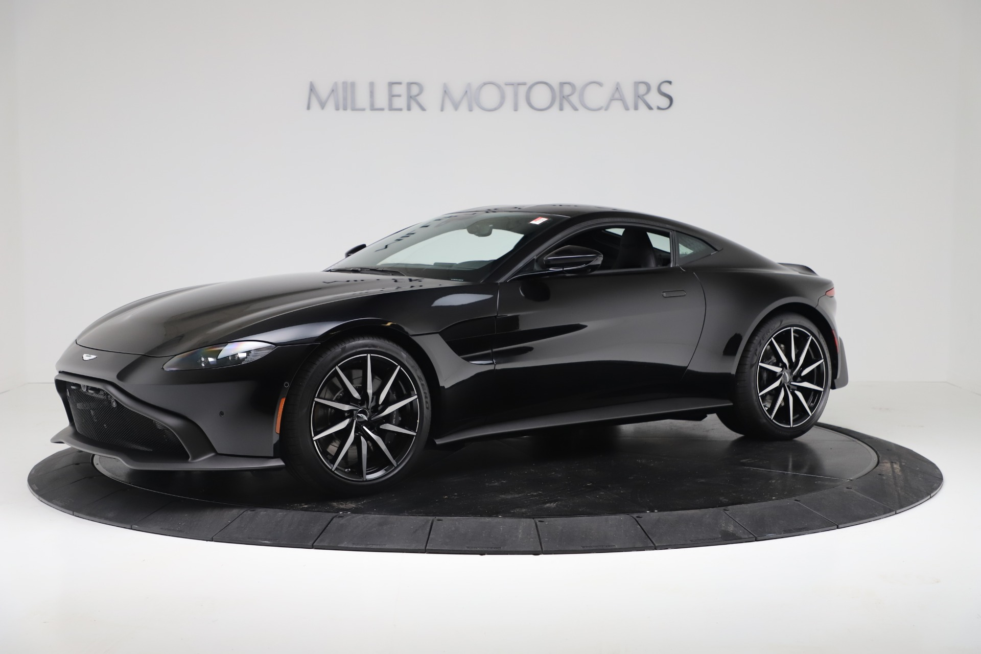 New 2020 Aston Martin Vantage Coupe For Sale In Greenwich, CT 3340_main
