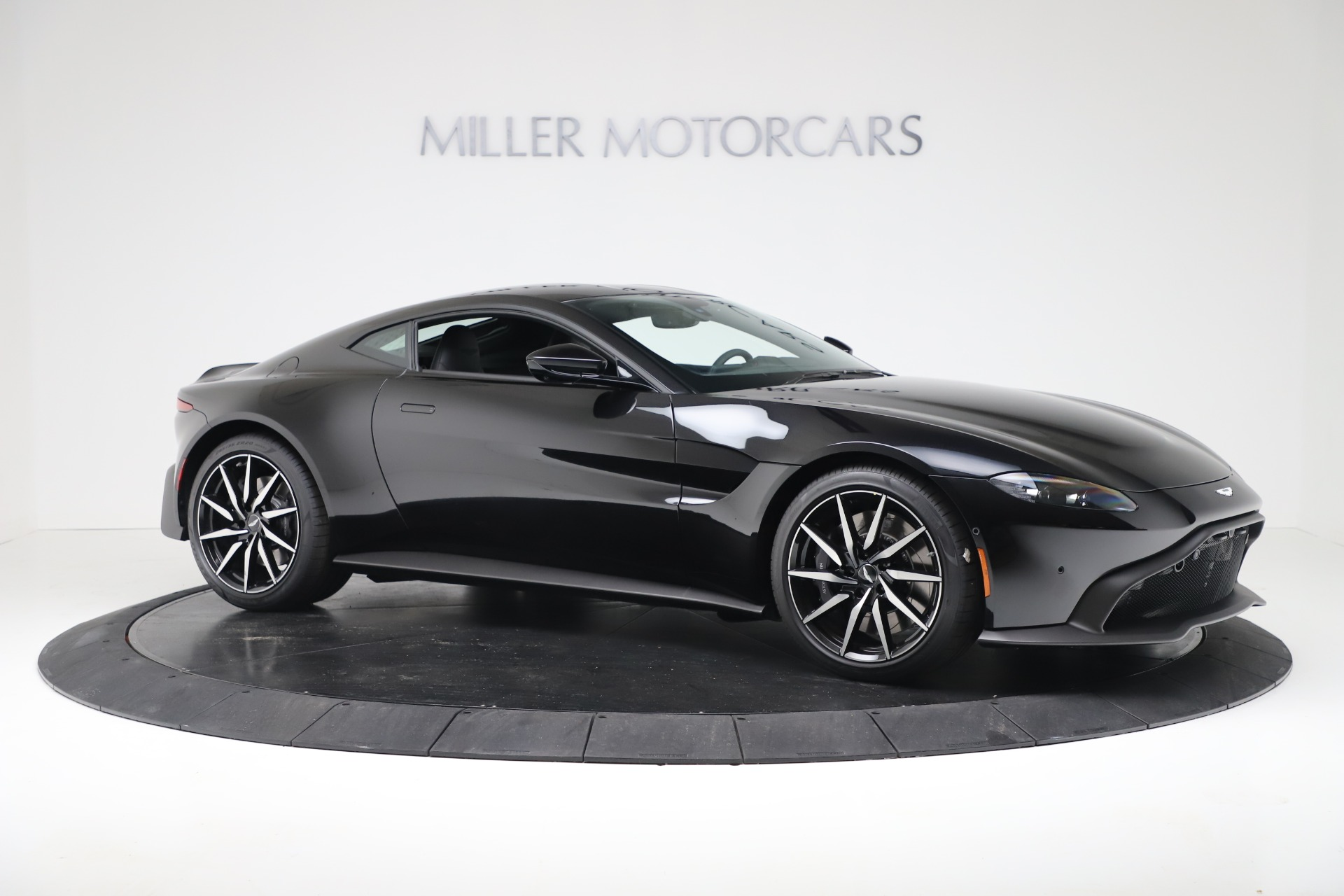 New 2020 Aston Martin Vantage Coupe For Sale In Greenwich, CT 3340_p10