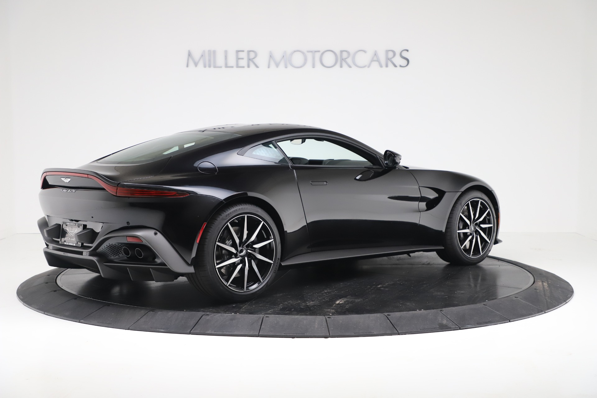 New 2020 Aston Martin Vantage Coupe For Sale In Greenwich, CT 3340_p8
