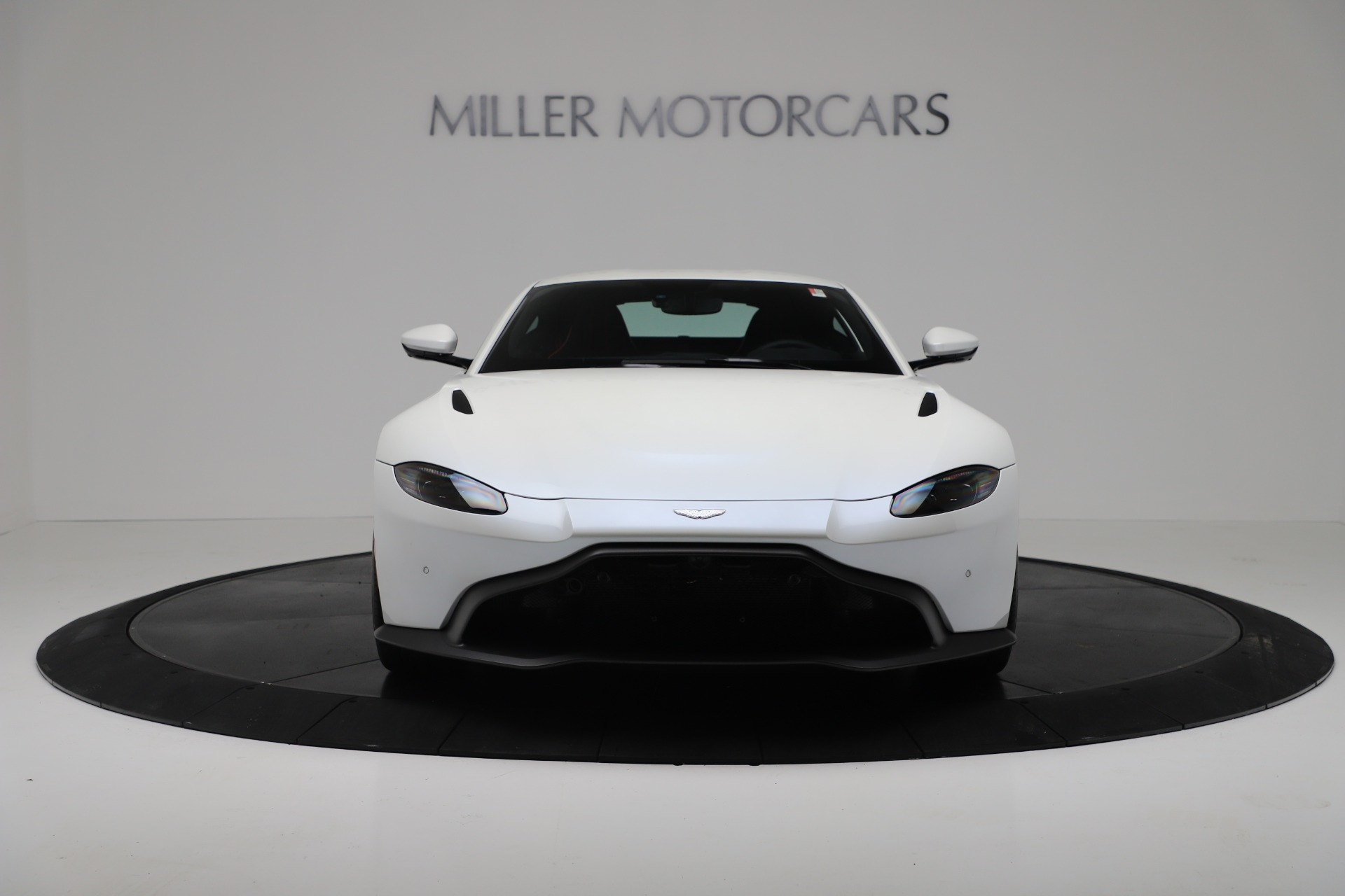 New 2020 Aston Martin Vantage Coupe For Sale In Greenwich, CT 3342_p11