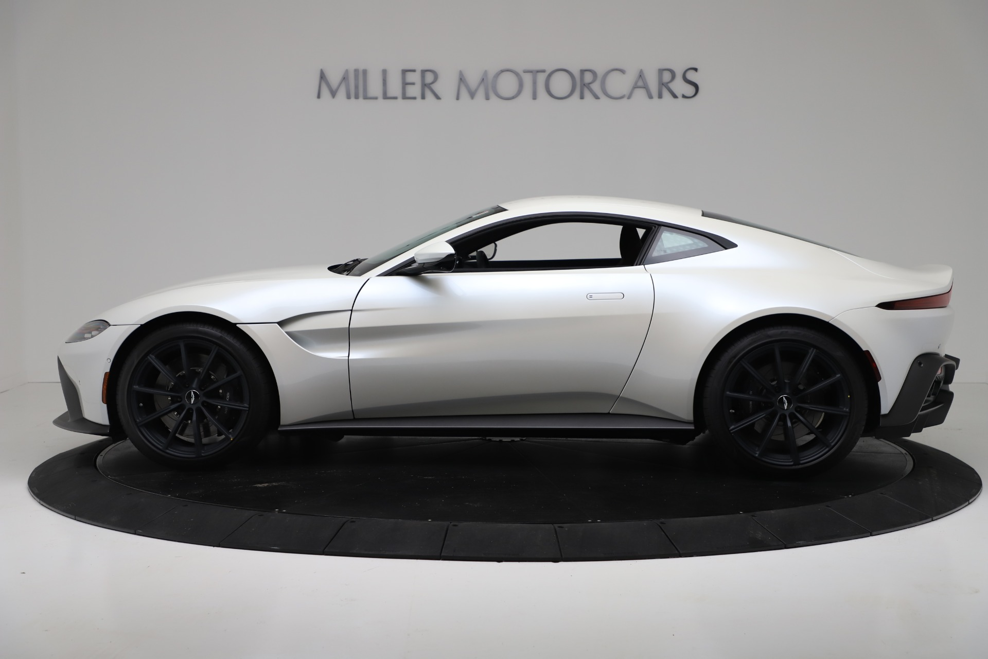 New 2020 Aston Martin Vantage Coupe For Sale In Greenwich, CT 3342_p2