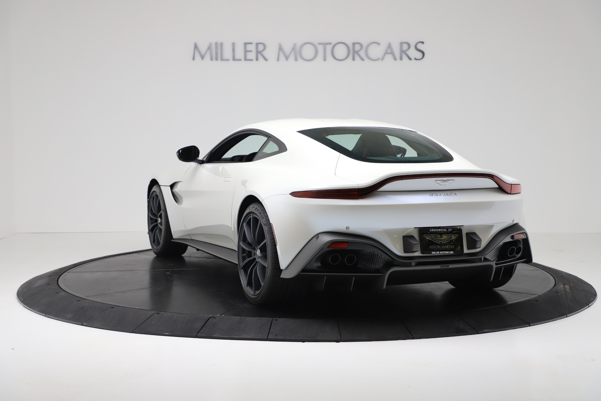 New 2020 Aston Martin Vantage Coupe For Sale In Greenwich, CT 3342_p4