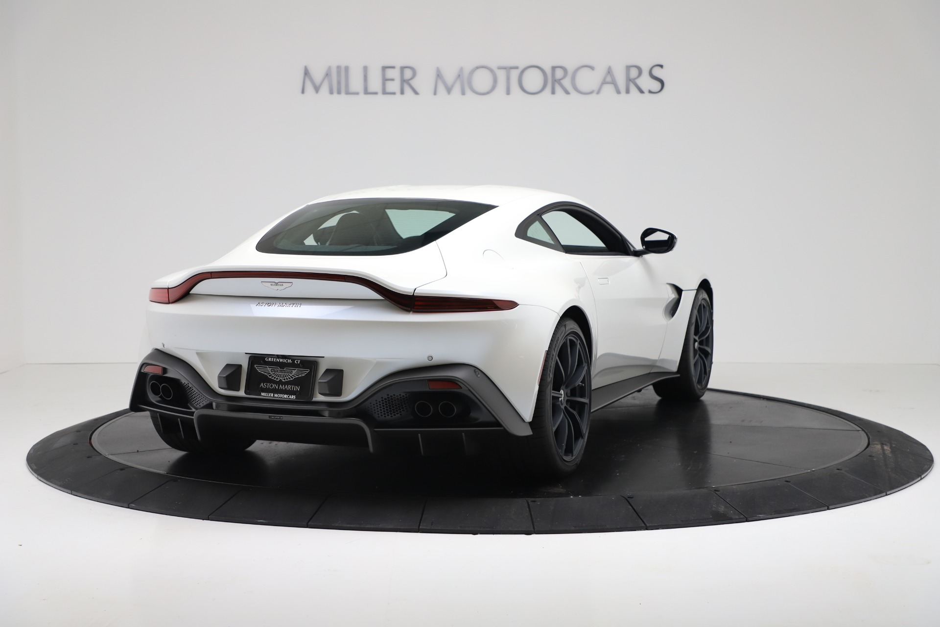 New 2020 Aston Martin Vantage Coupe For Sale In Greenwich, CT 3342_p6