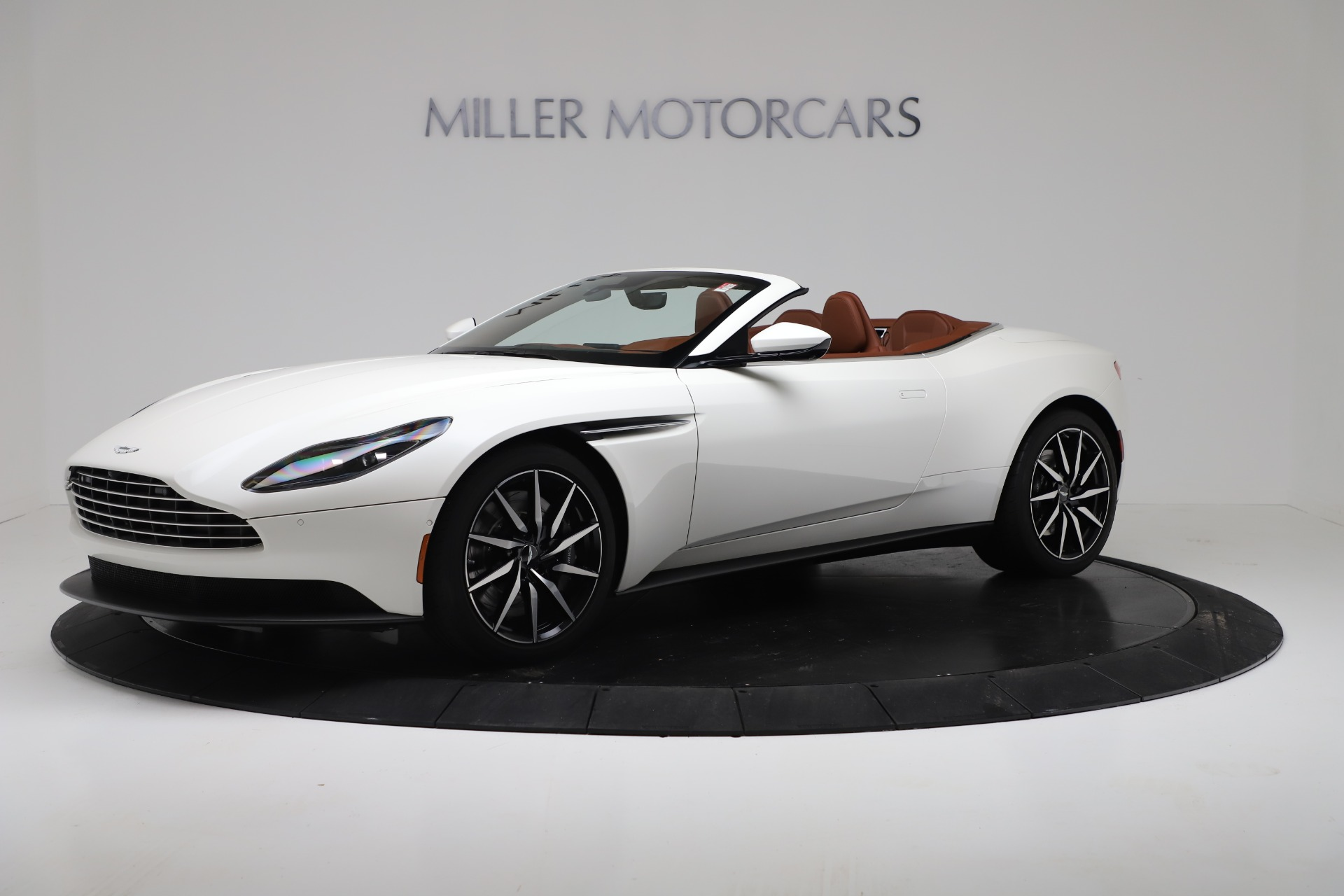 New 2019 Aston Martin DB11 V8 Convertible For Sale In Greenwich, CT