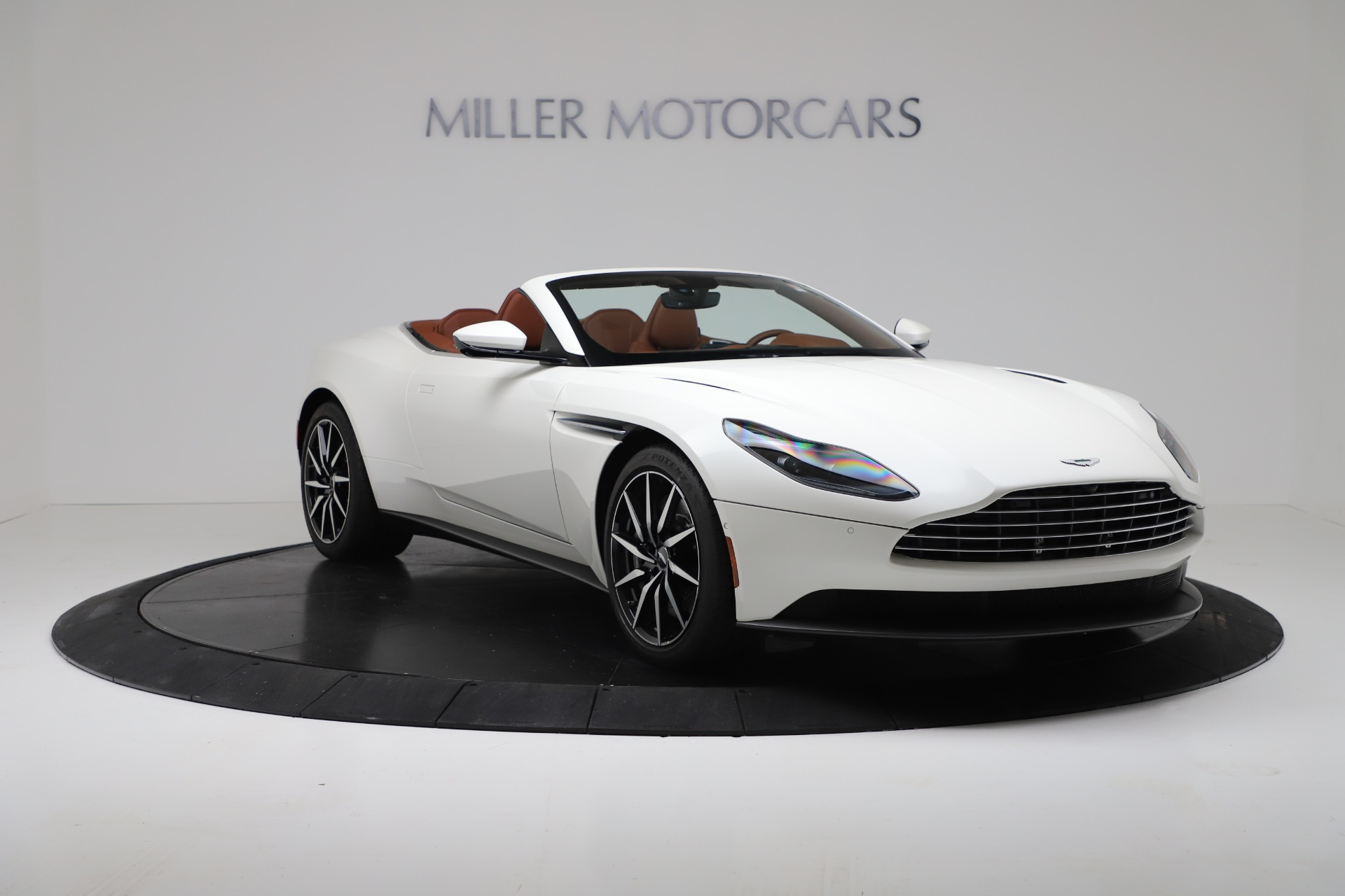 New 2019 Aston Martin DB11 V8 Convertible For Sale In Greenwich, CT 3344_p11
