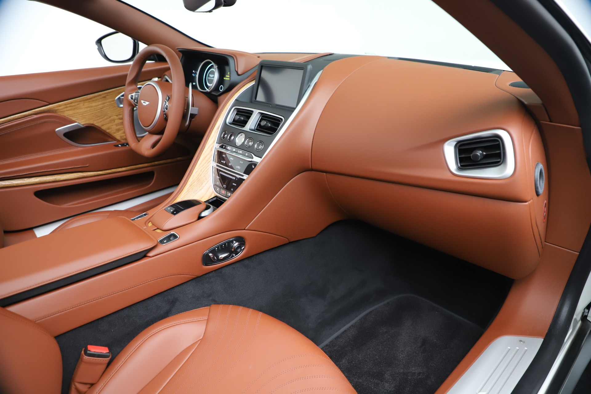 New 2019 Aston Martin DB11 V8 Convertible For Sale In Greenwich, CT 3344_p27