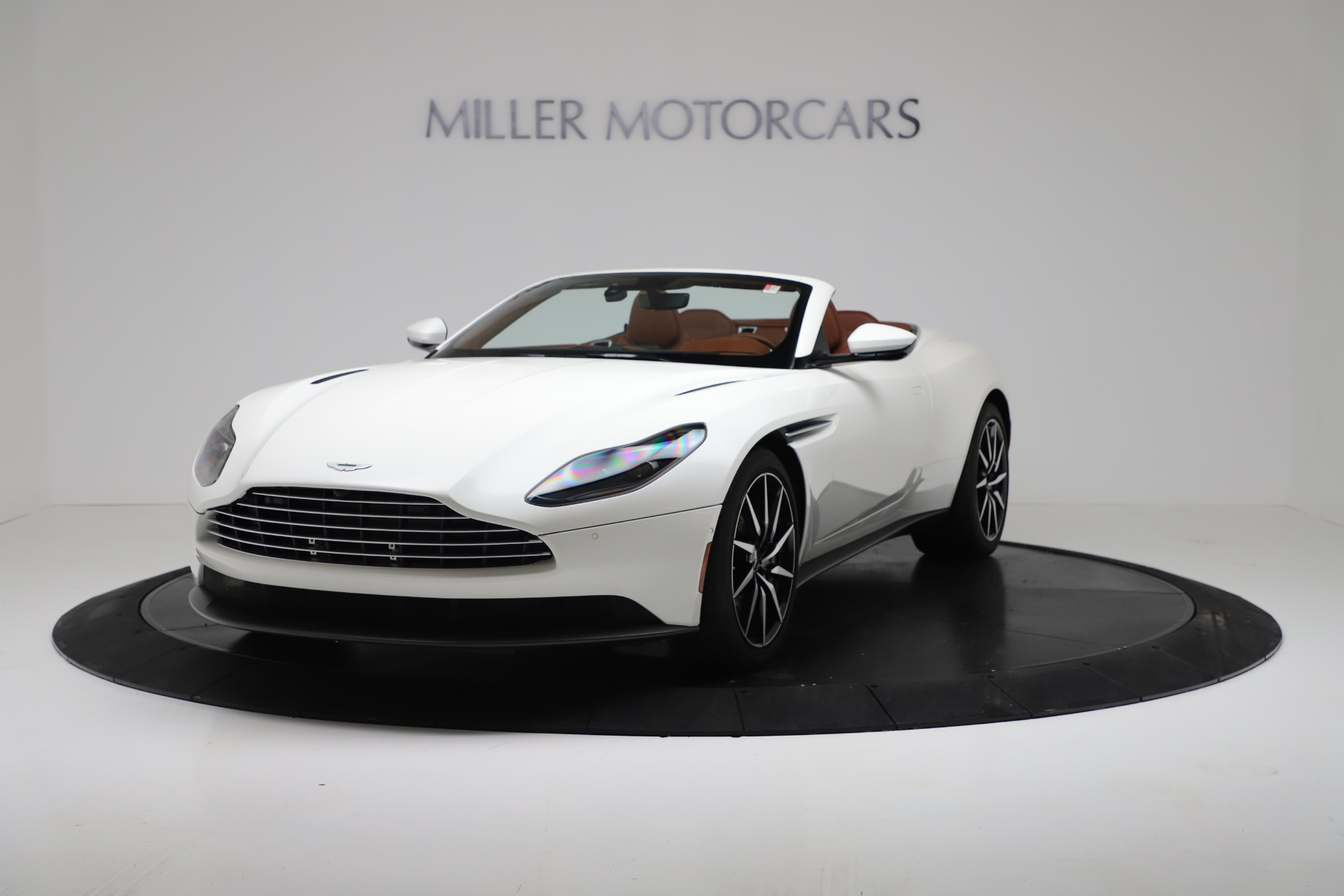 New 2019 Aston Martin DB11 V8 Convertible For Sale In Greenwich, CT 3344_p2