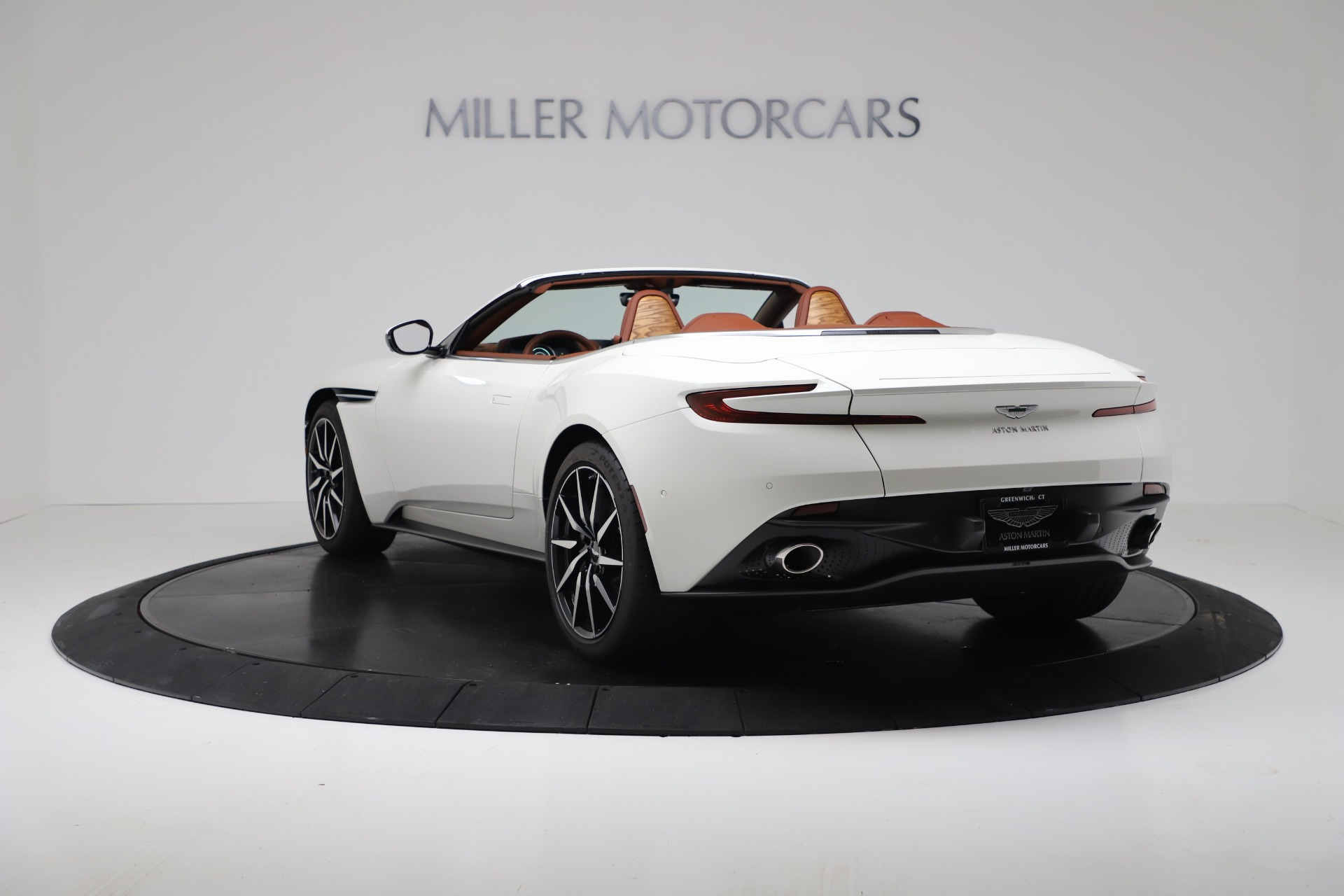 New 2019 Aston Martin DB11 V8 Convertible For Sale In Greenwich, CT 3344_p5