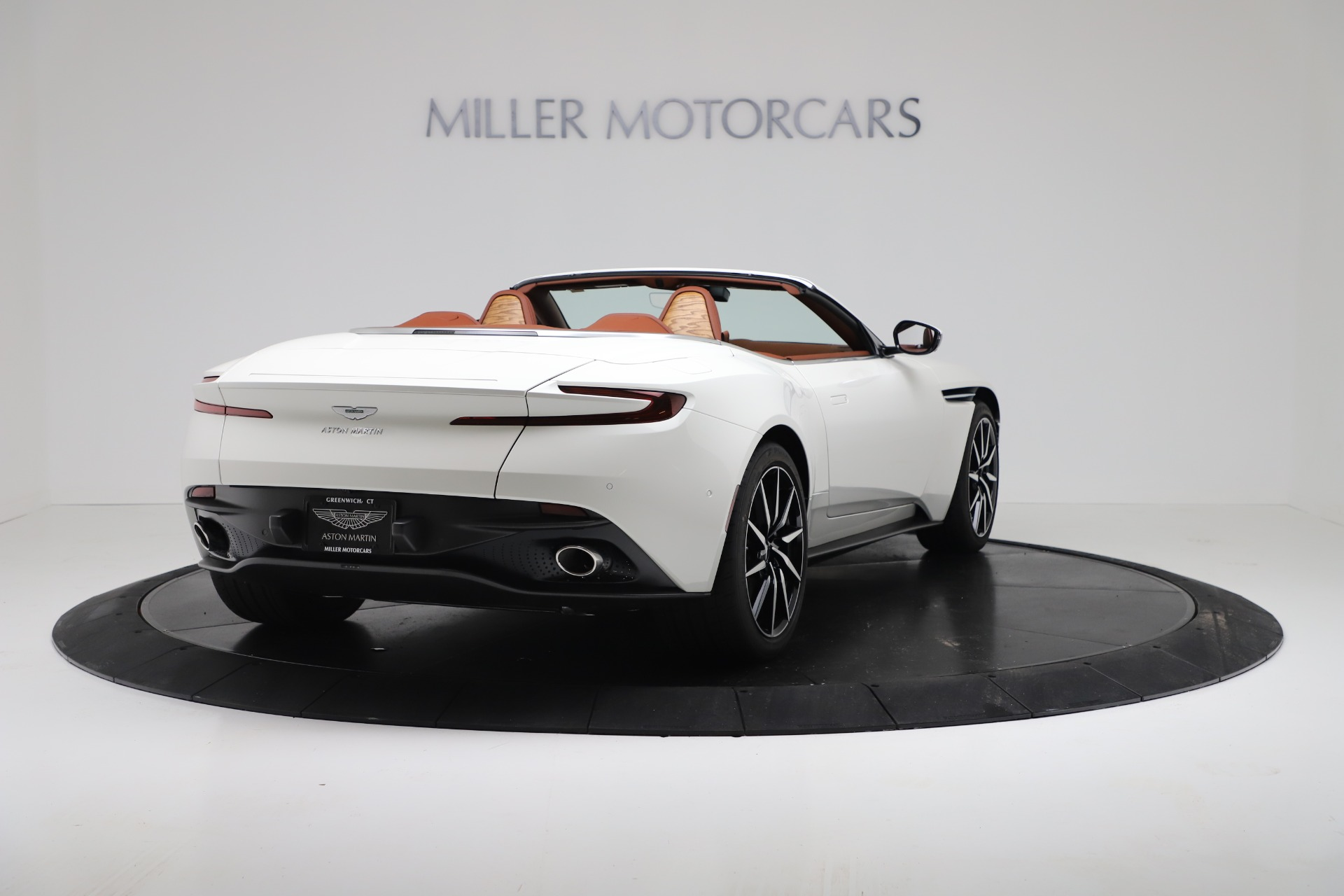 New 2019 Aston Martin DB11 V8 Convertible For Sale In Greenwich, CT 3344_p7