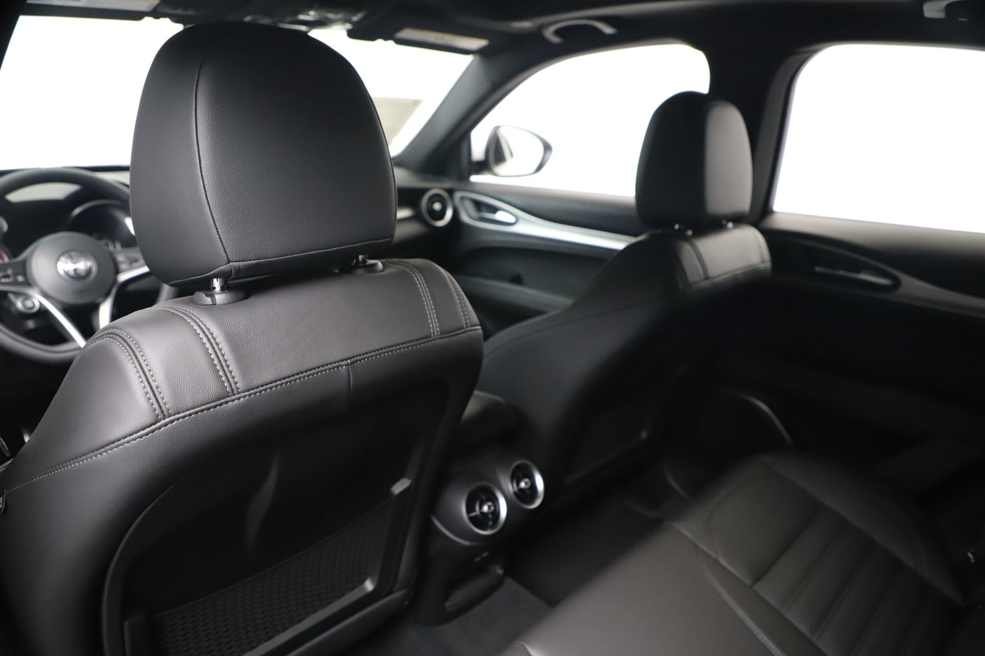 New 2019 Alfa Romeo Stelvio Ti Sport Q4 For Sale In Greenwich, CT 3347_p20