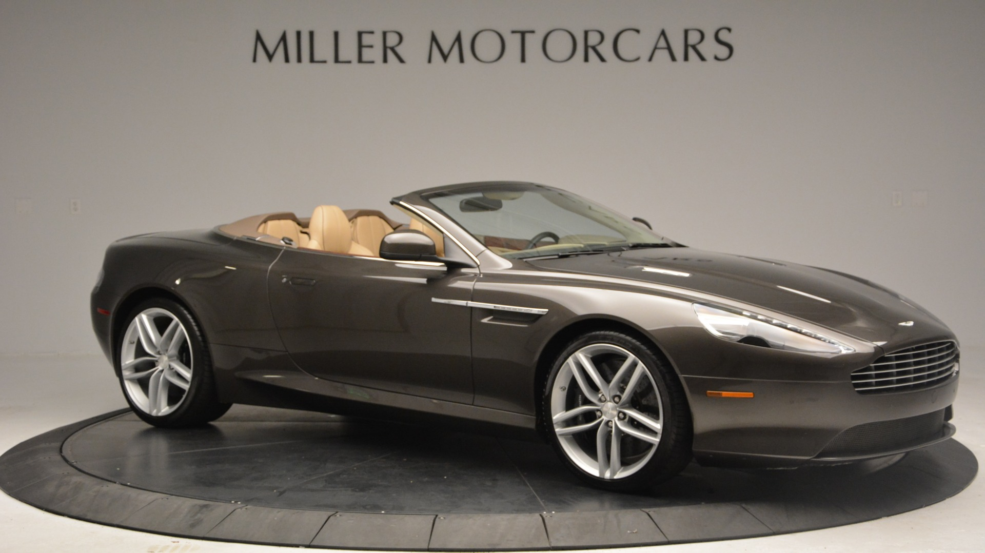 Used 2012 Aston Martin Virage Convertible For Sale In Greenwich, CT 3351_p10