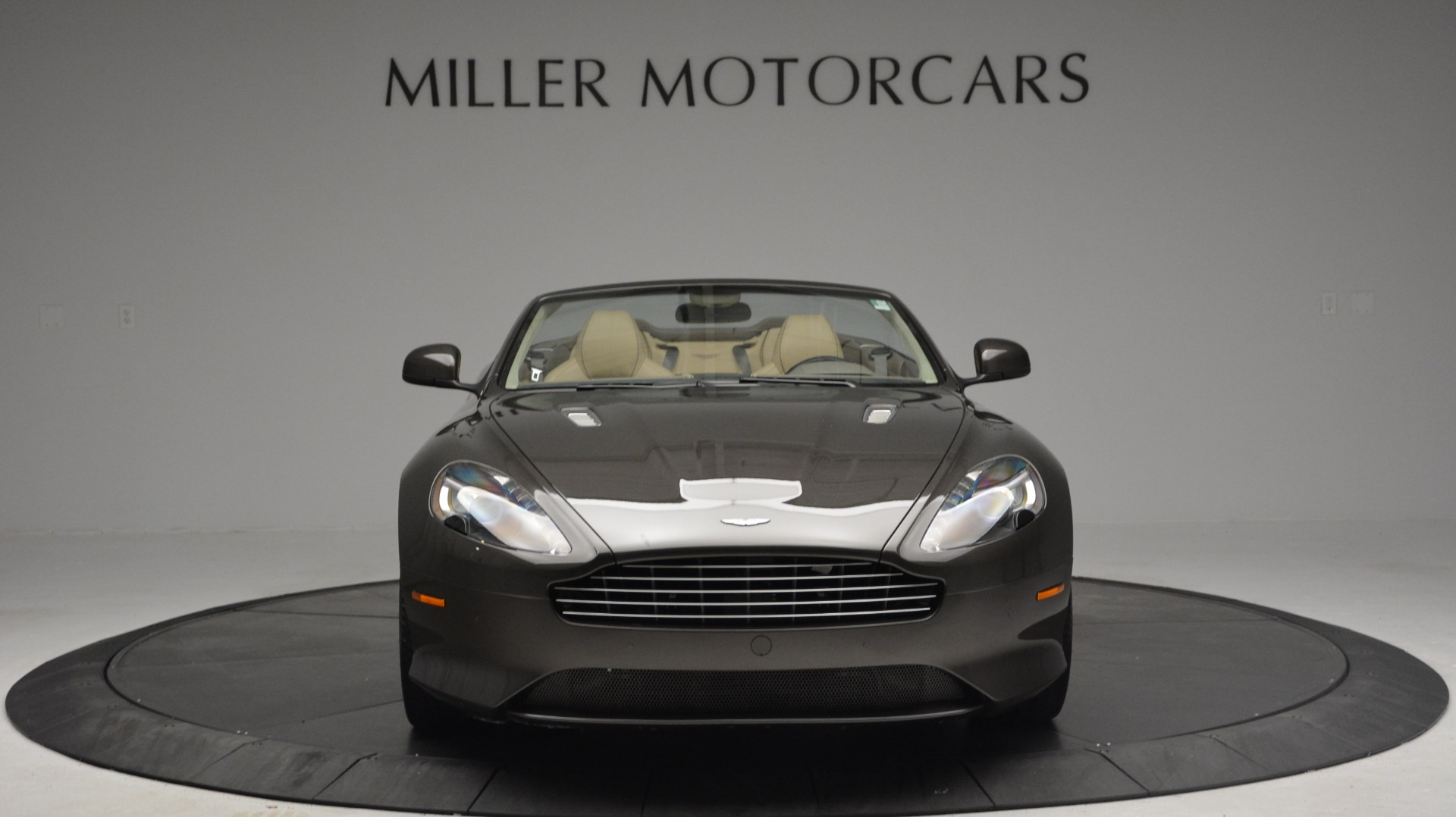 Used 2012 Aston Martin Virage Convertible For Sale In Greenwich, CT 3351_p12