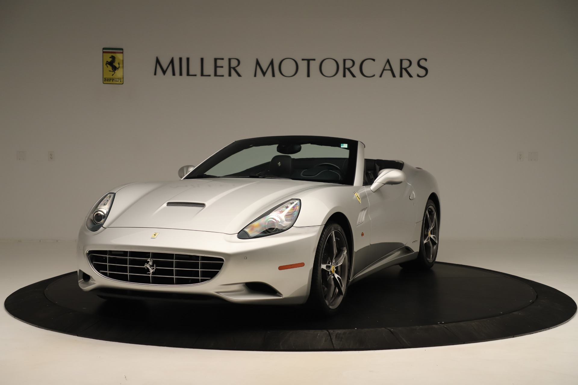Used 2014 Ferrari California  For Sale In Greenwich, CT 3355_main
