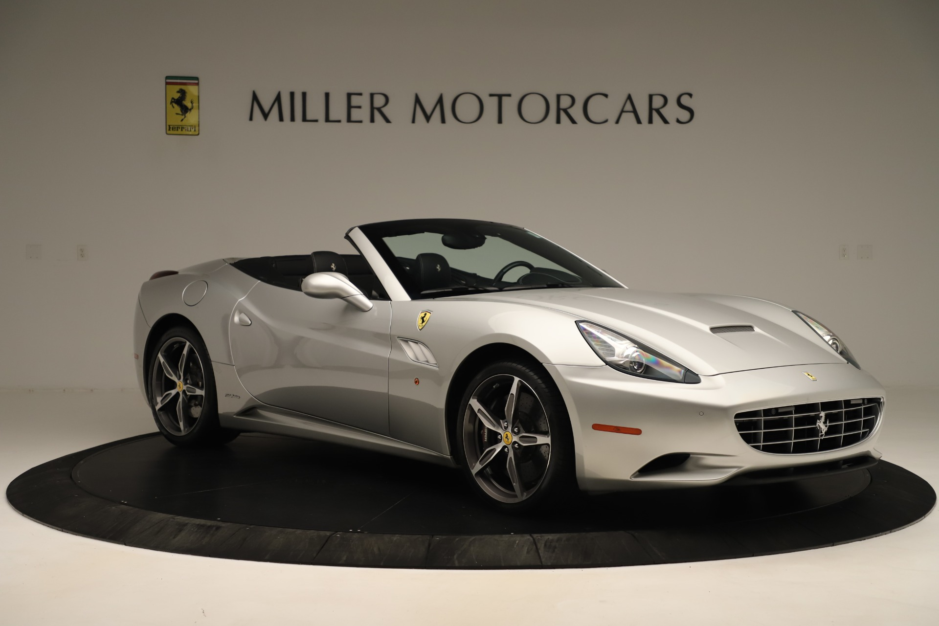Used 2014 Ferrari California  For Sale In Greenwich, CT 3355_p10