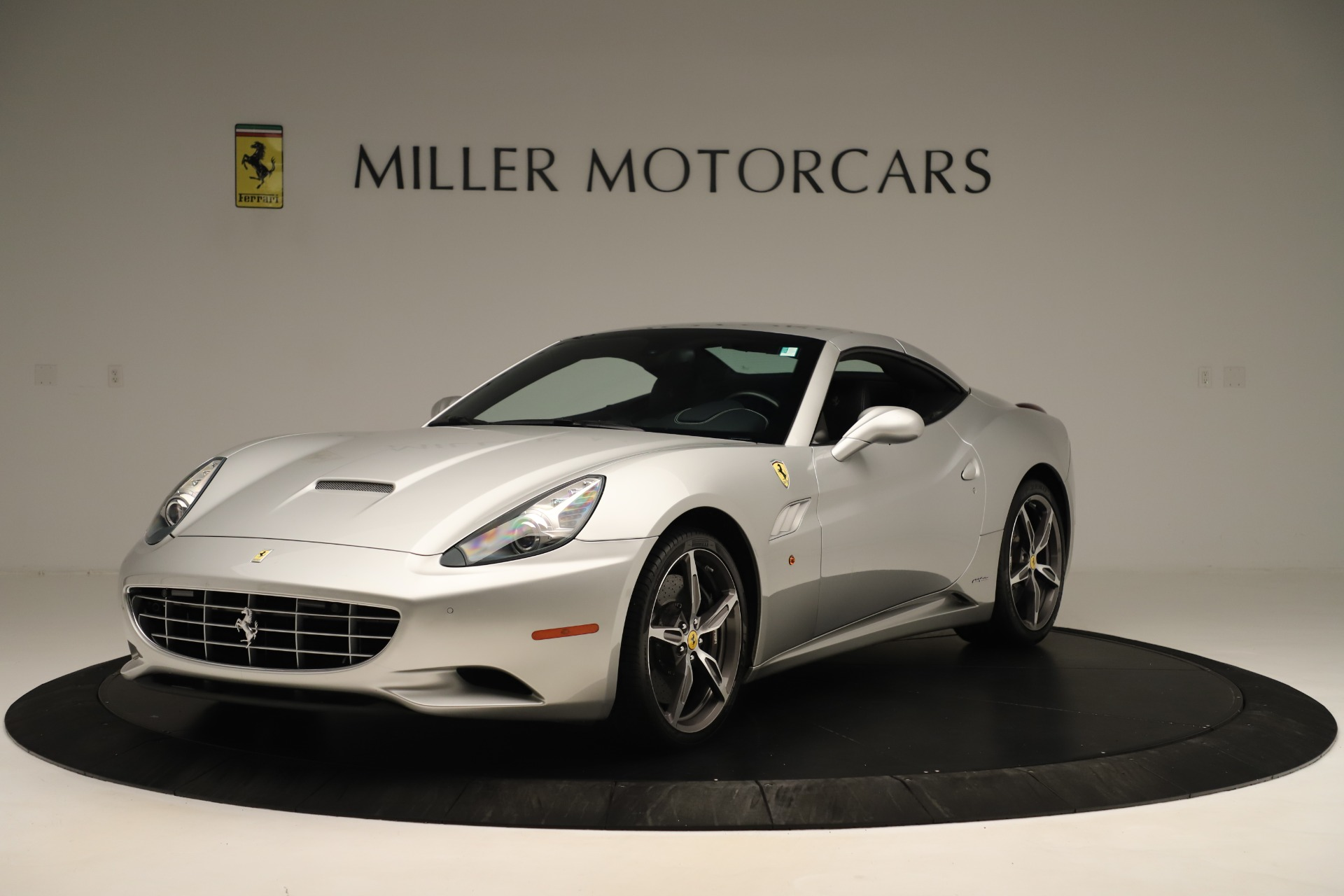 Used 2014 Ferrari California  For Sale In Greenwich, CT 3355_p13