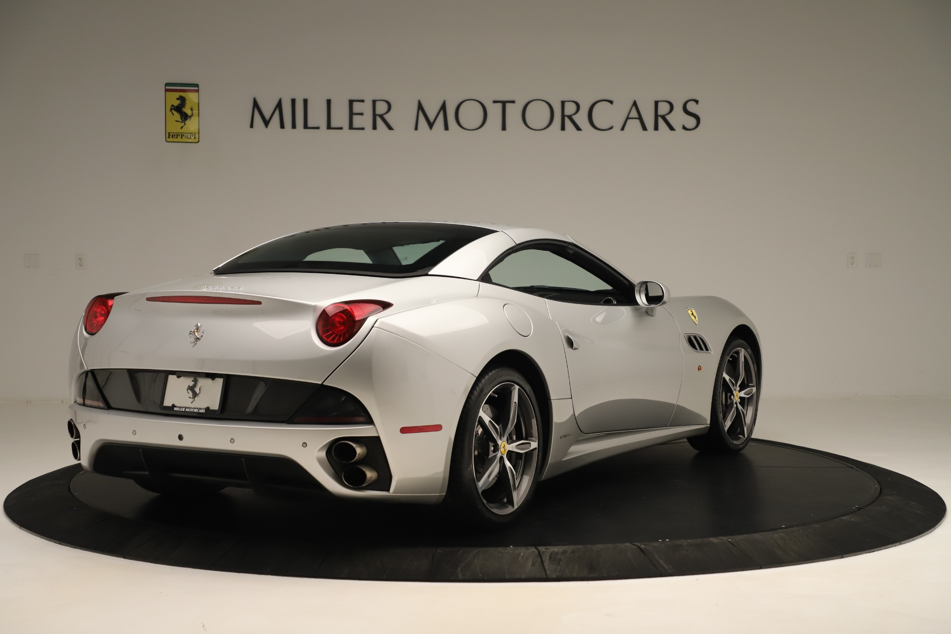 Used 2014 Ferrari California 30 For Sale In Greenwich, CT 3355_p16
