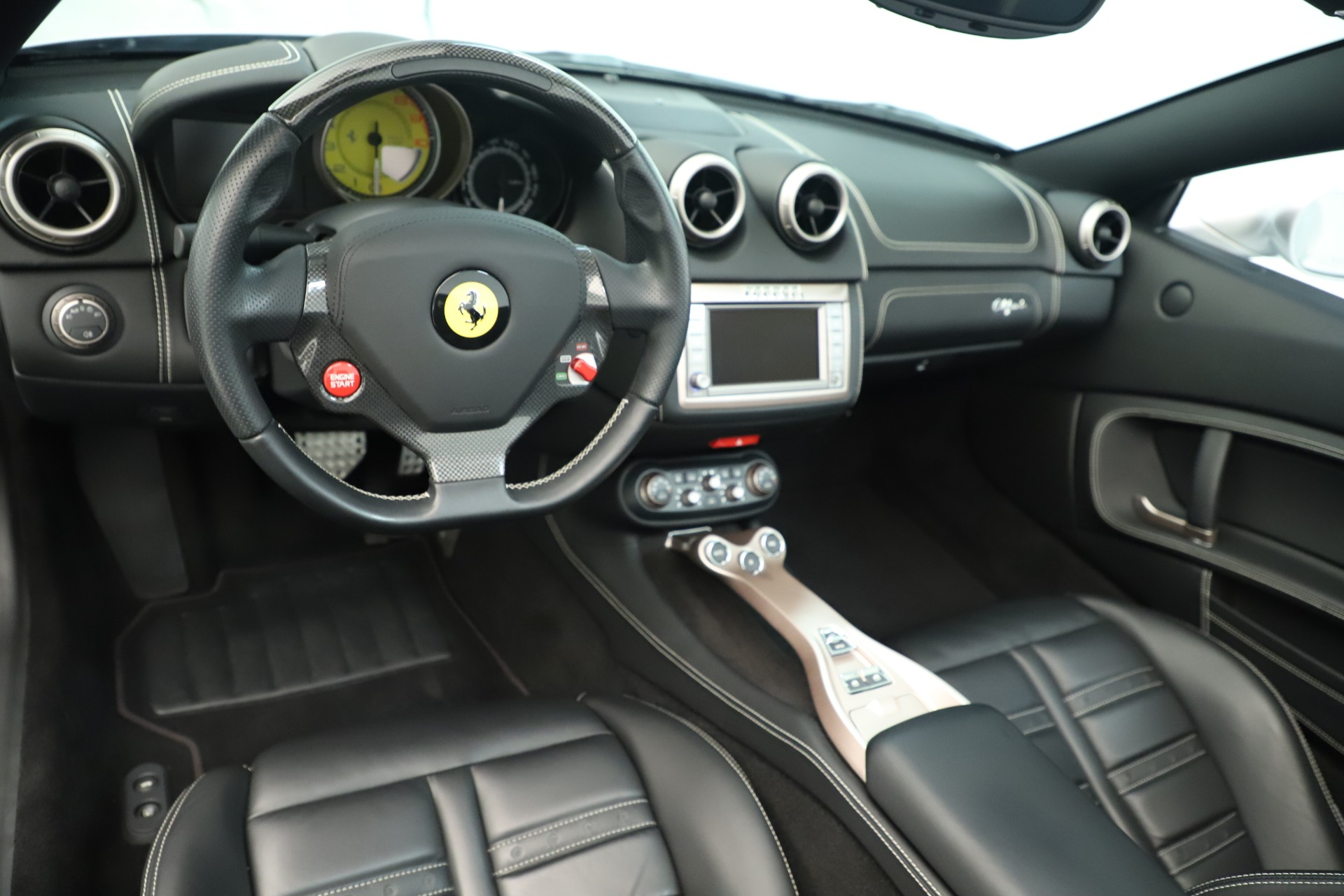 Used 2014 Ferrari California  For Sale In Greenwich, CT 3355_p20